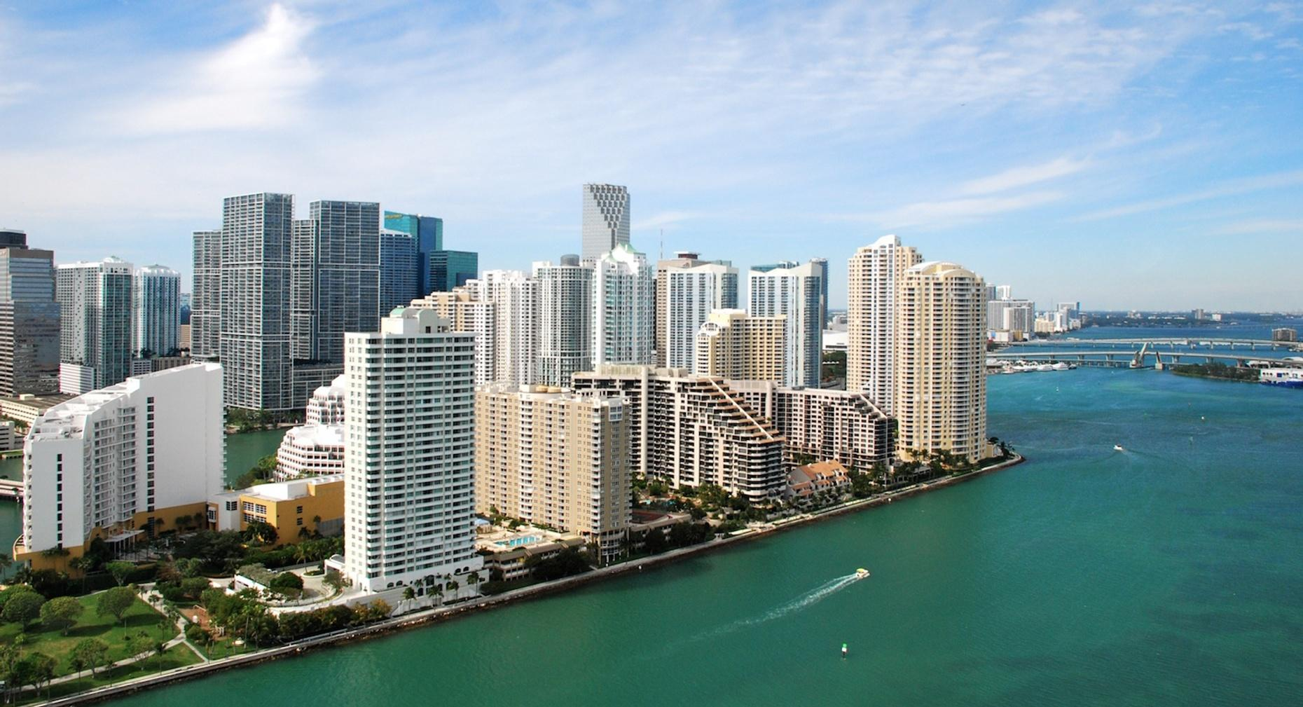 Romantic Plane Tour in Miami