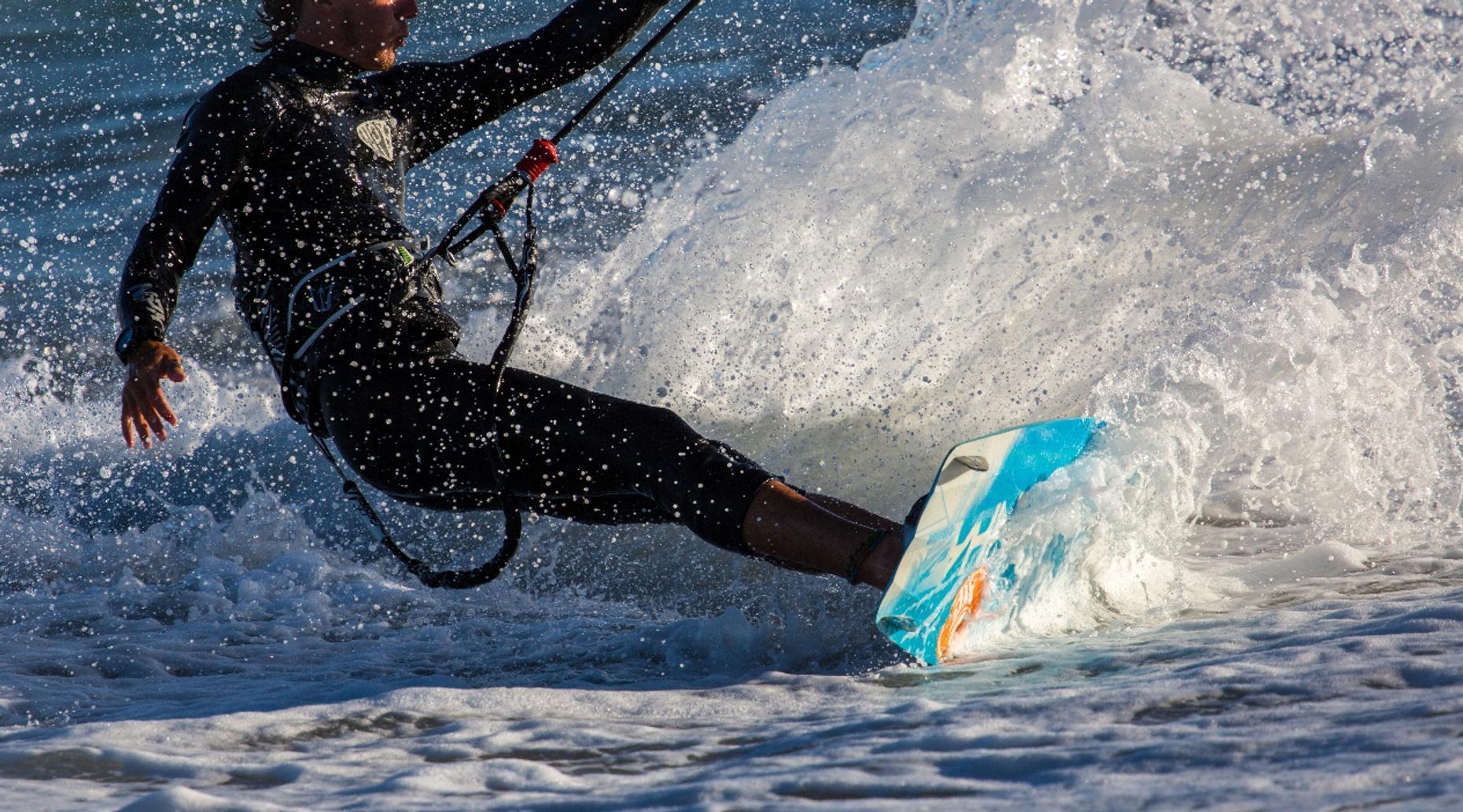 Four-Hour Kitesurfing Lesson in Fort Lauderdale