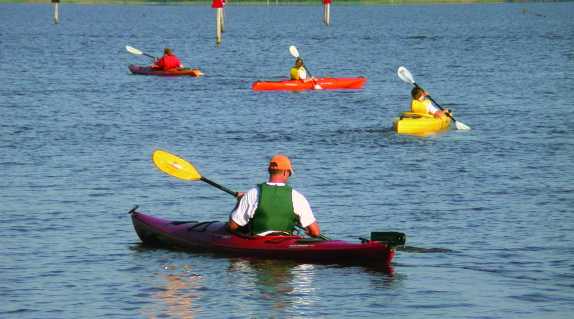 Introductory Kayaking Safety Course in Cornucopia