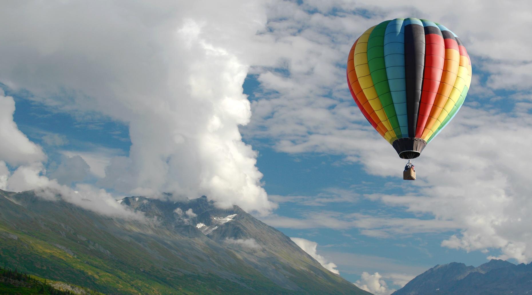 Anniversary Hot Air Balloon Flight Over Teotihuacán
