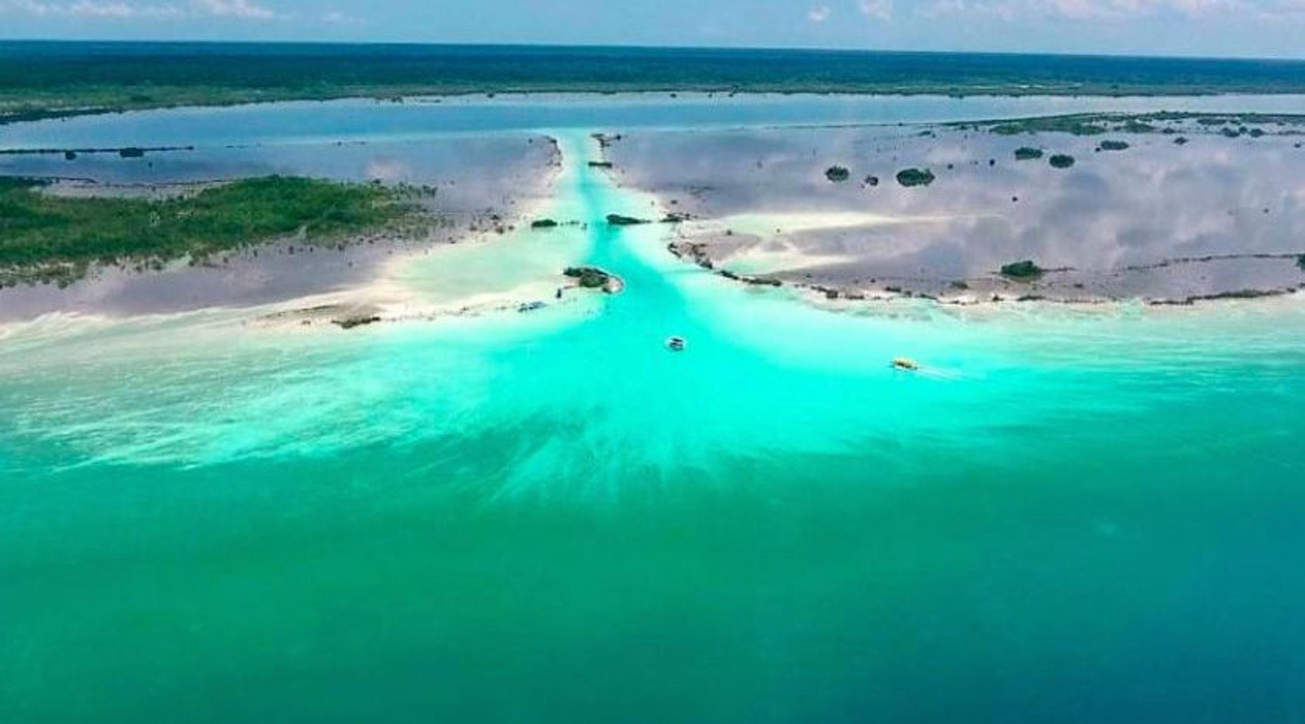 Guided Tour of Bacalar Blue Lagoon
