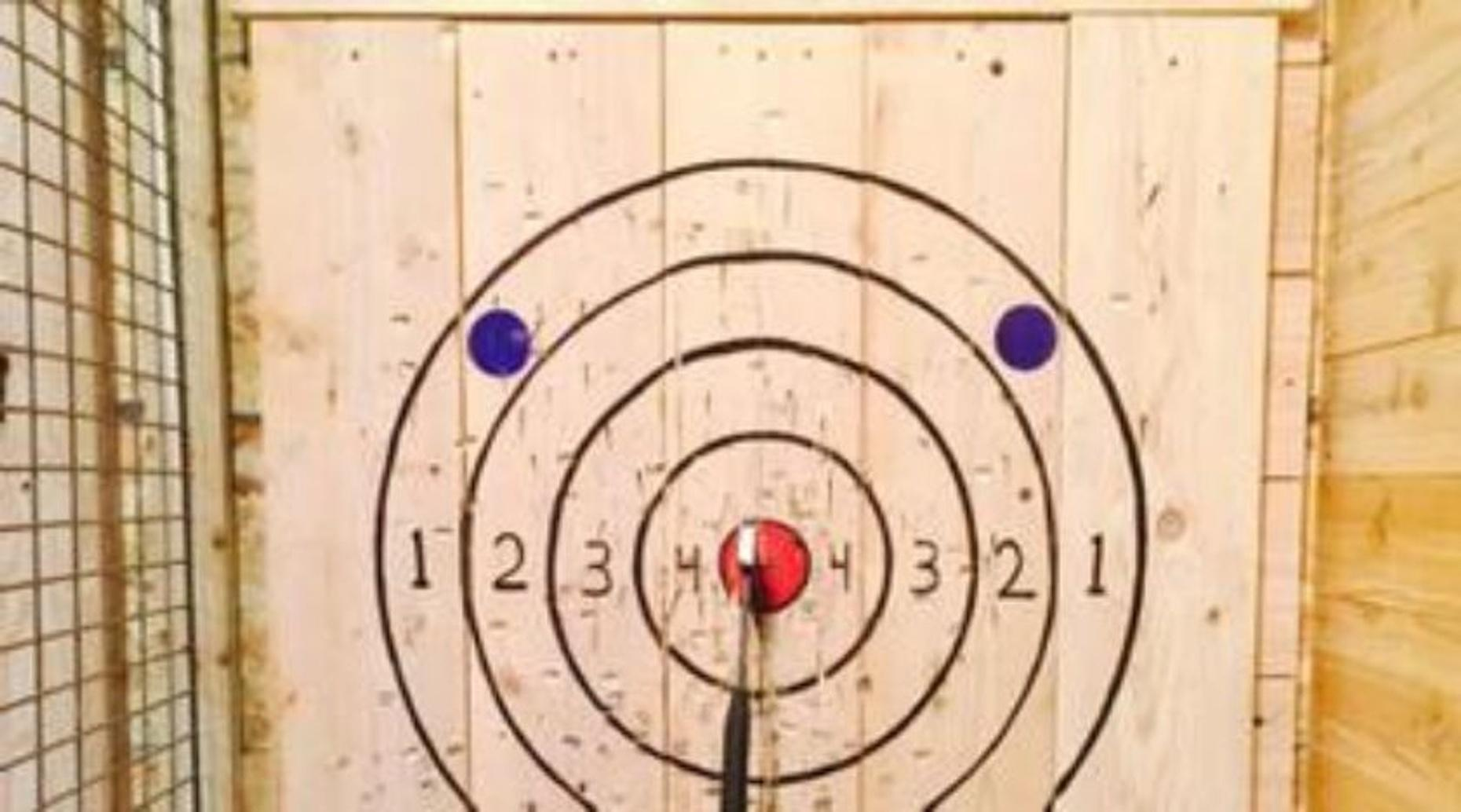 Downtown Axe Throwing Experience in Sioux Falls
