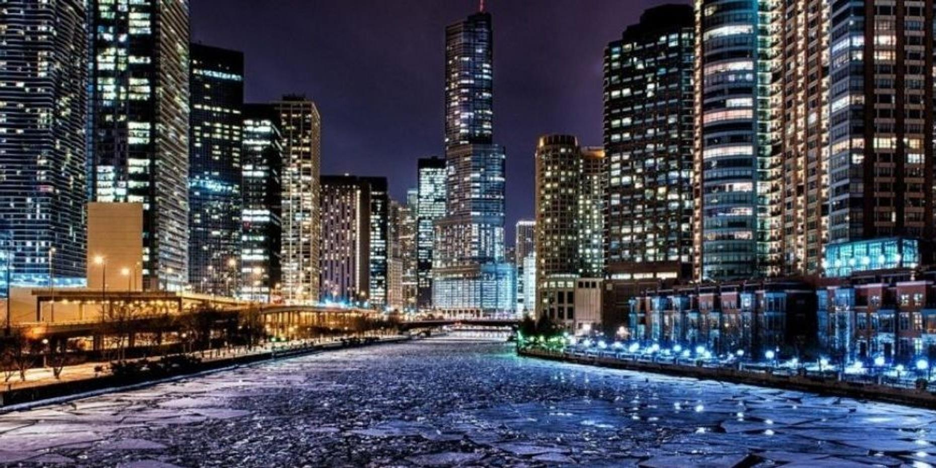 The Chicago River Boat Cocktail Cruise