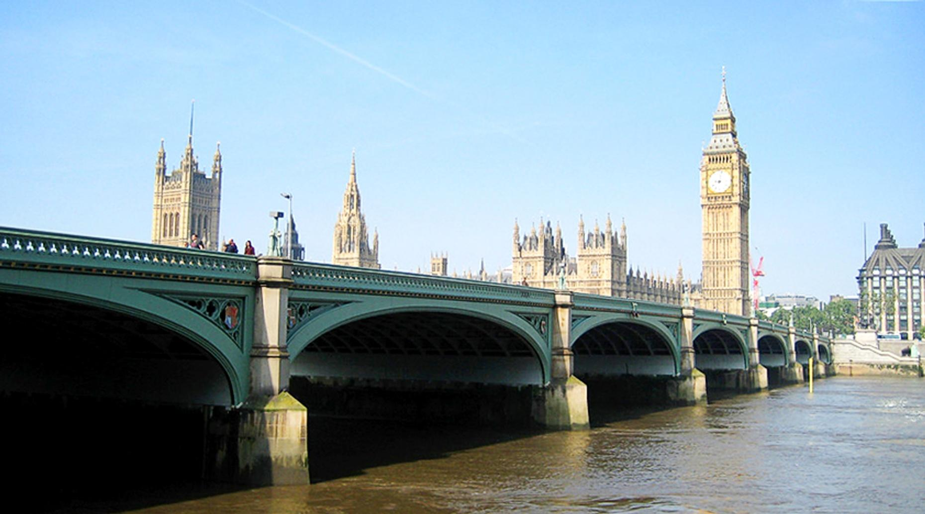 London Bridge & Thames River Tour