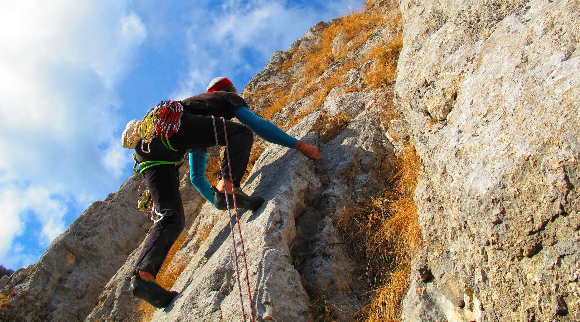 Introduction to Outdoor Rock Climbing in Hackettstown
