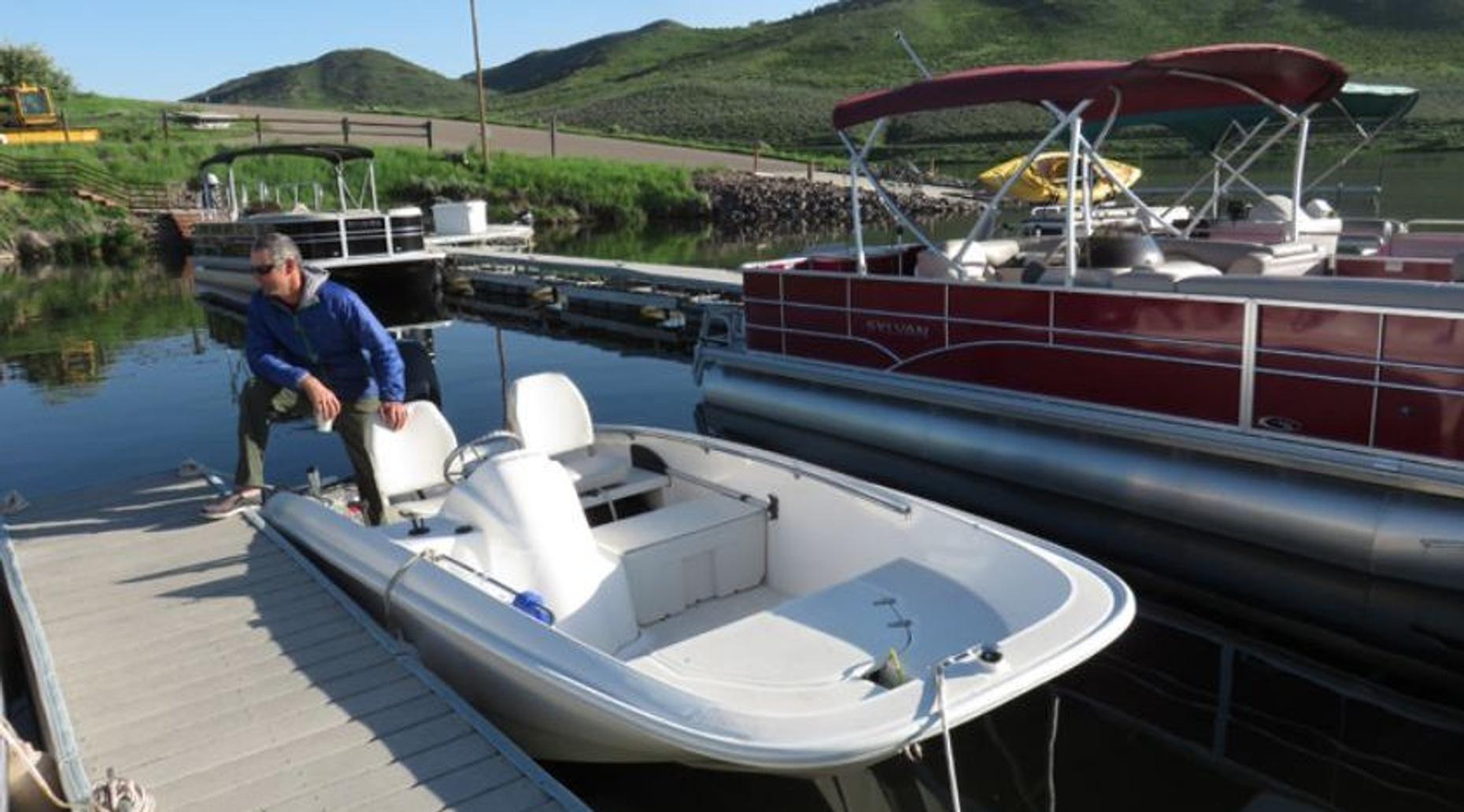 Five-Hour 15' Boston Whaler Boat Rental
