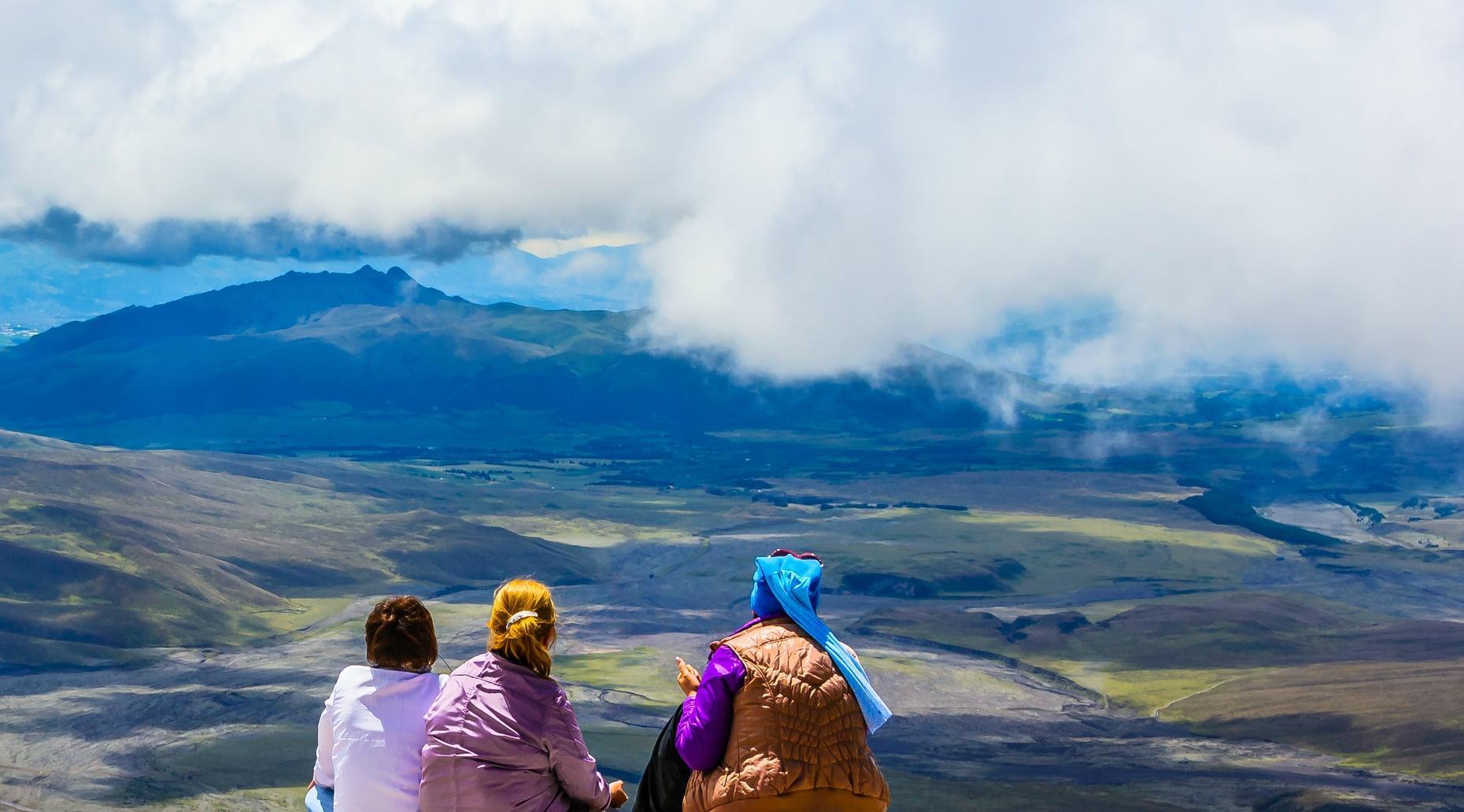 Cotopaxi National Park Hiking & Biking Tour