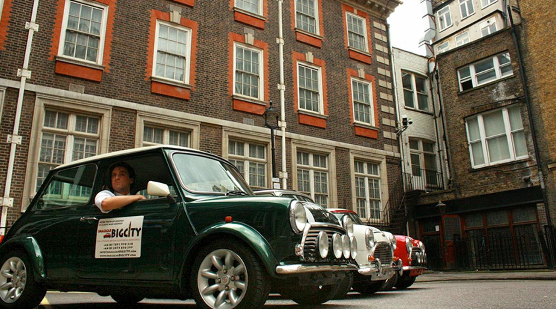 Vintage Mini Cooper London Royals Tour
