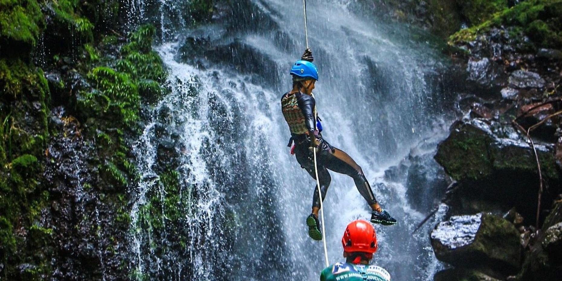 Canyoning Waterfall Rappelling in Arenal
