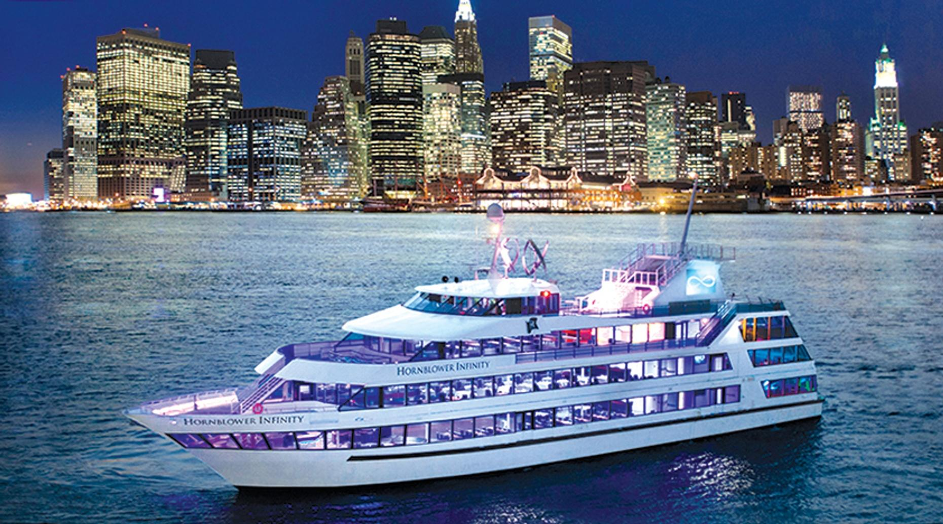 Hudson River Dinner Cruise from Manhattan