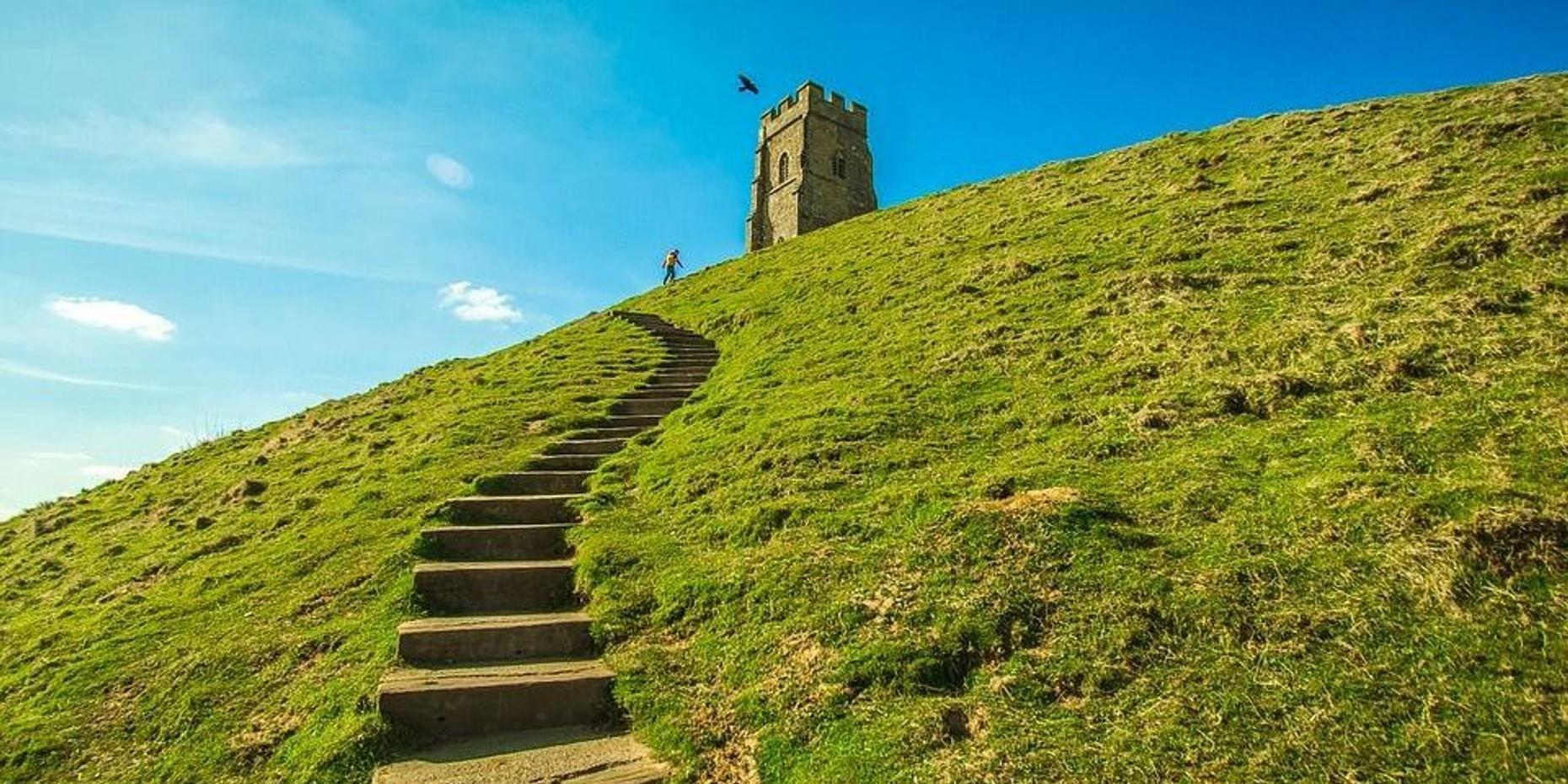 Private Day Tour to Glastonbury & Stonehenge