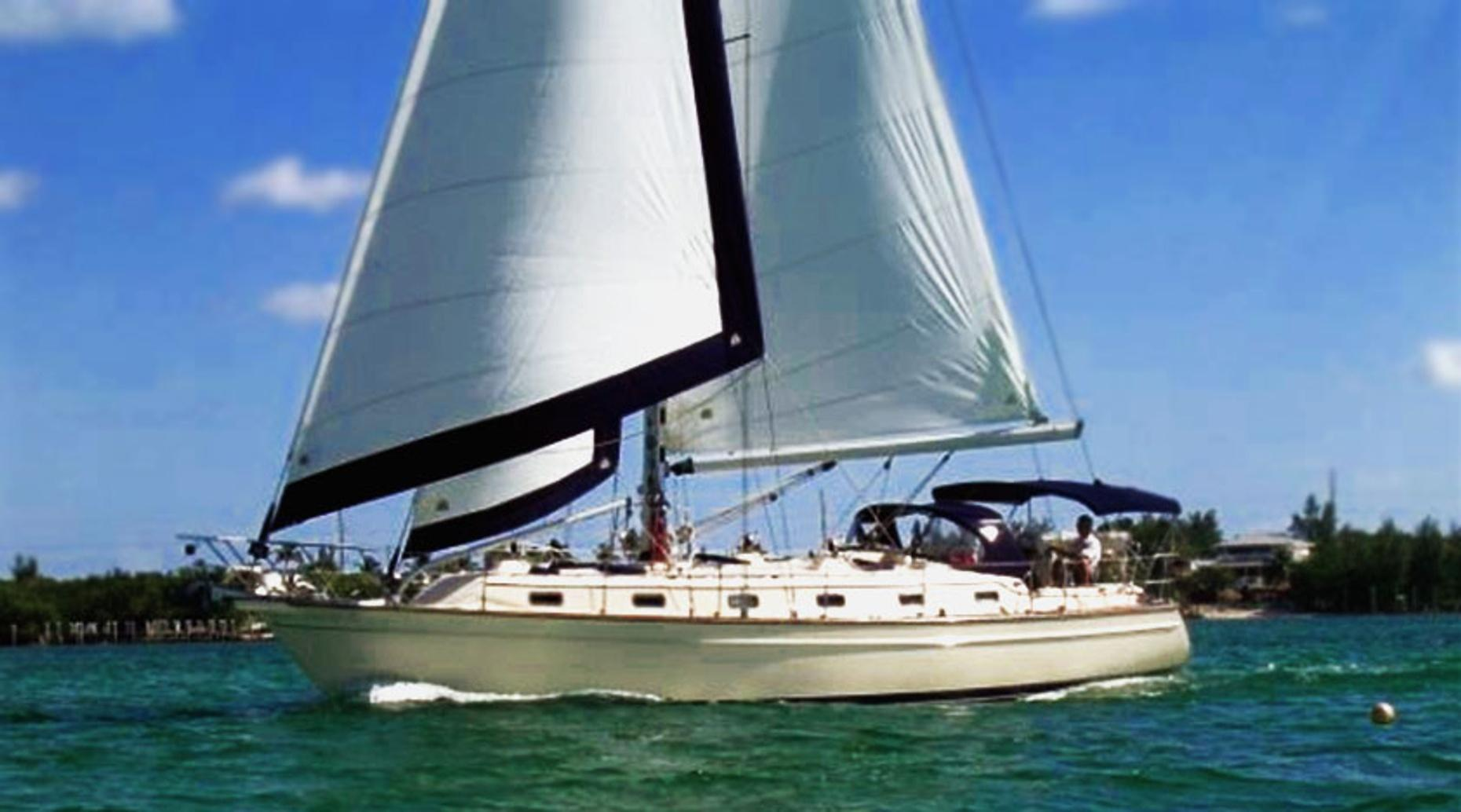 Miami Luxury Half Day Sailing Tour