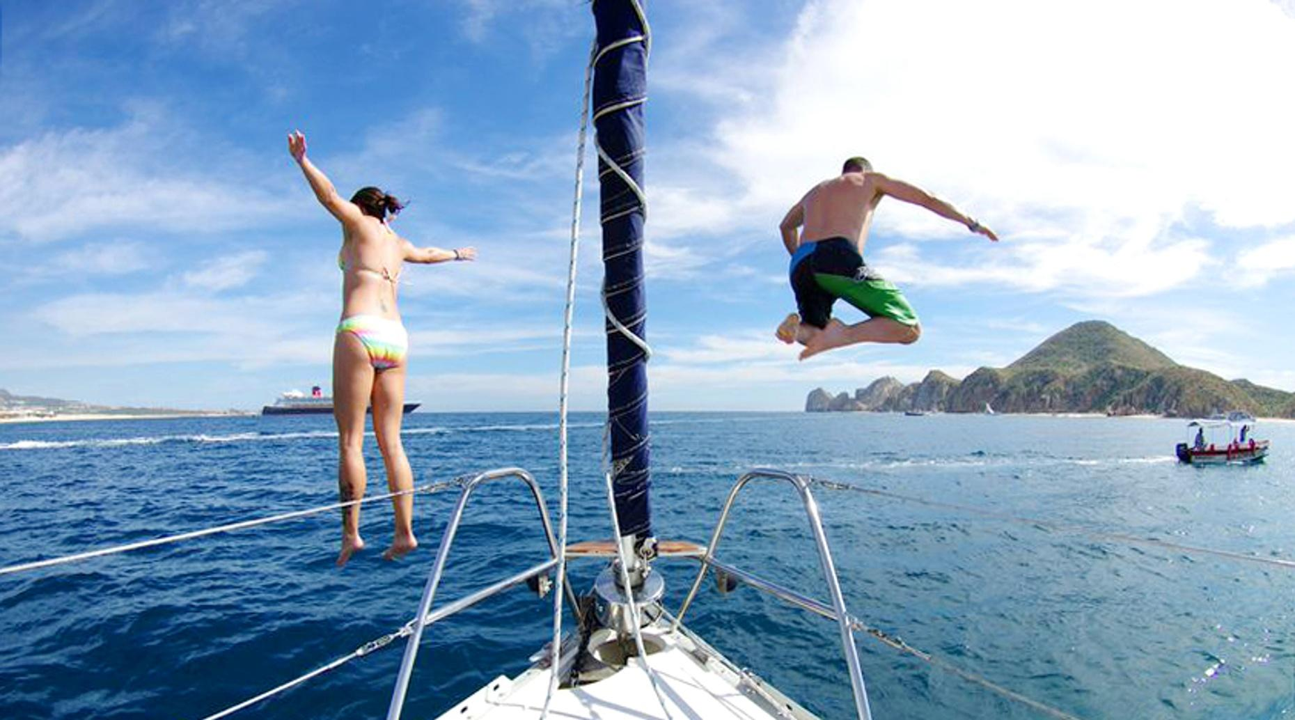 Cabo Luxury 42' Yacht Sailing Charter