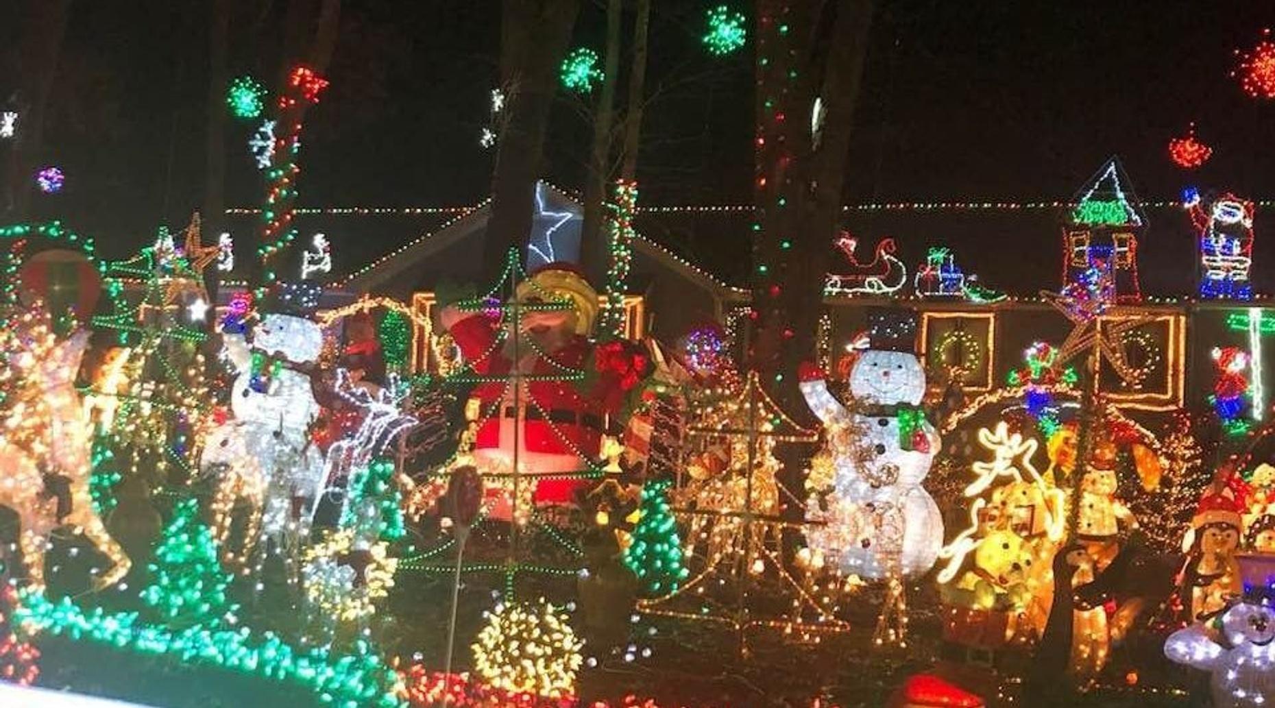 Oak City Holiday Sights & History