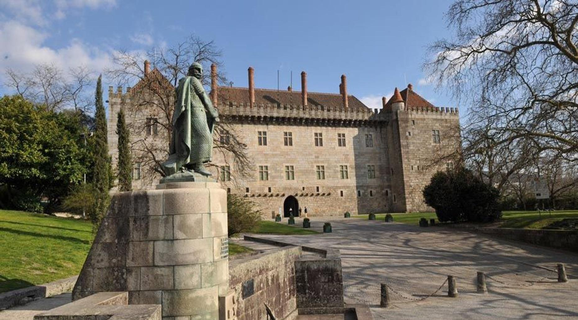 Private Half-Day Tour of Guimarães from Porto