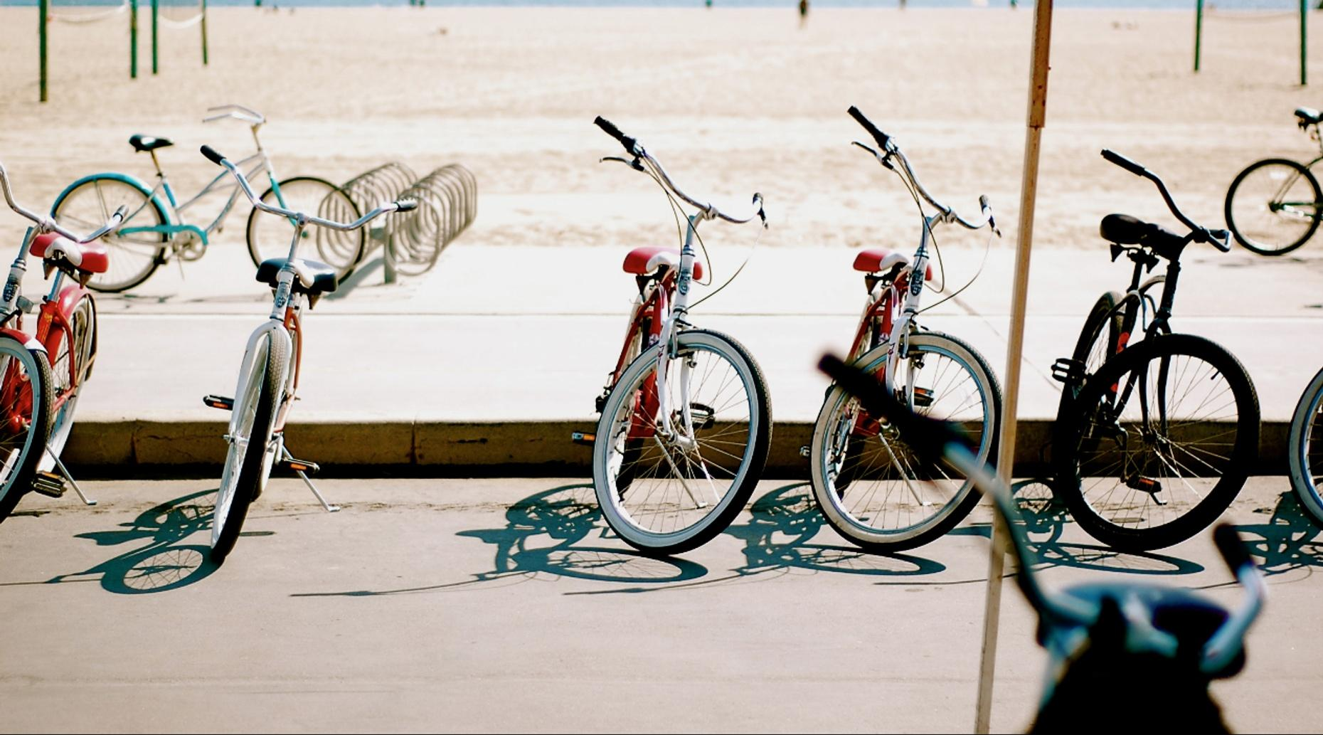 One-Hour Bike Rental in Hollywood