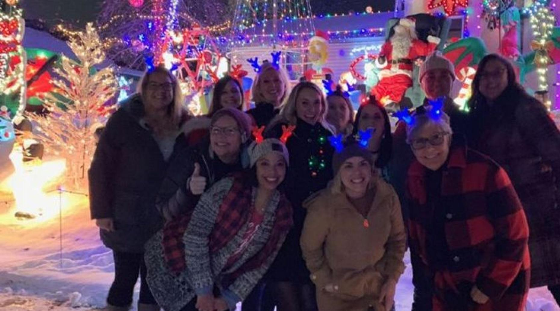 Twin Cities Festive Holiday Lights Tour