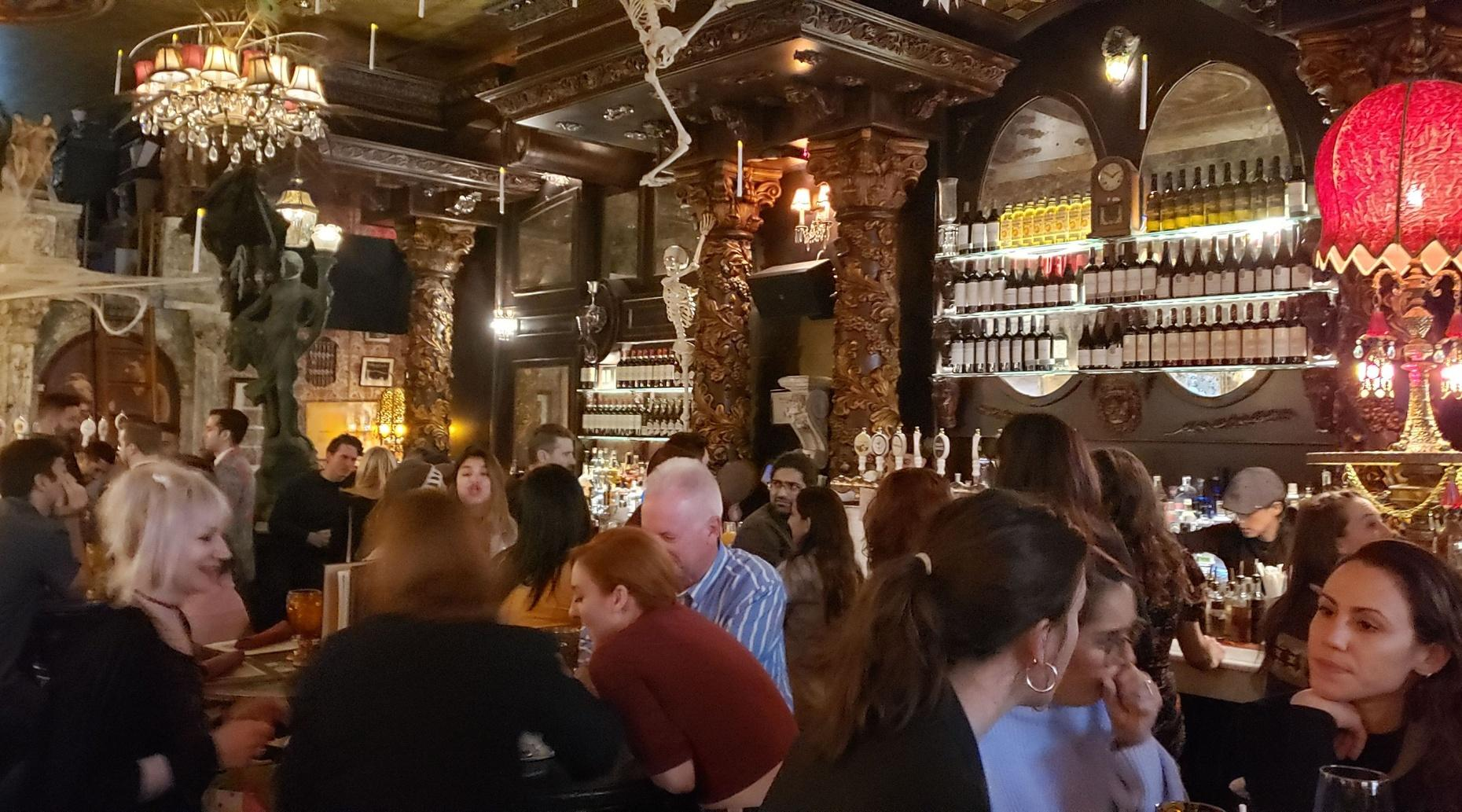 Local Bar Crawl in New York City