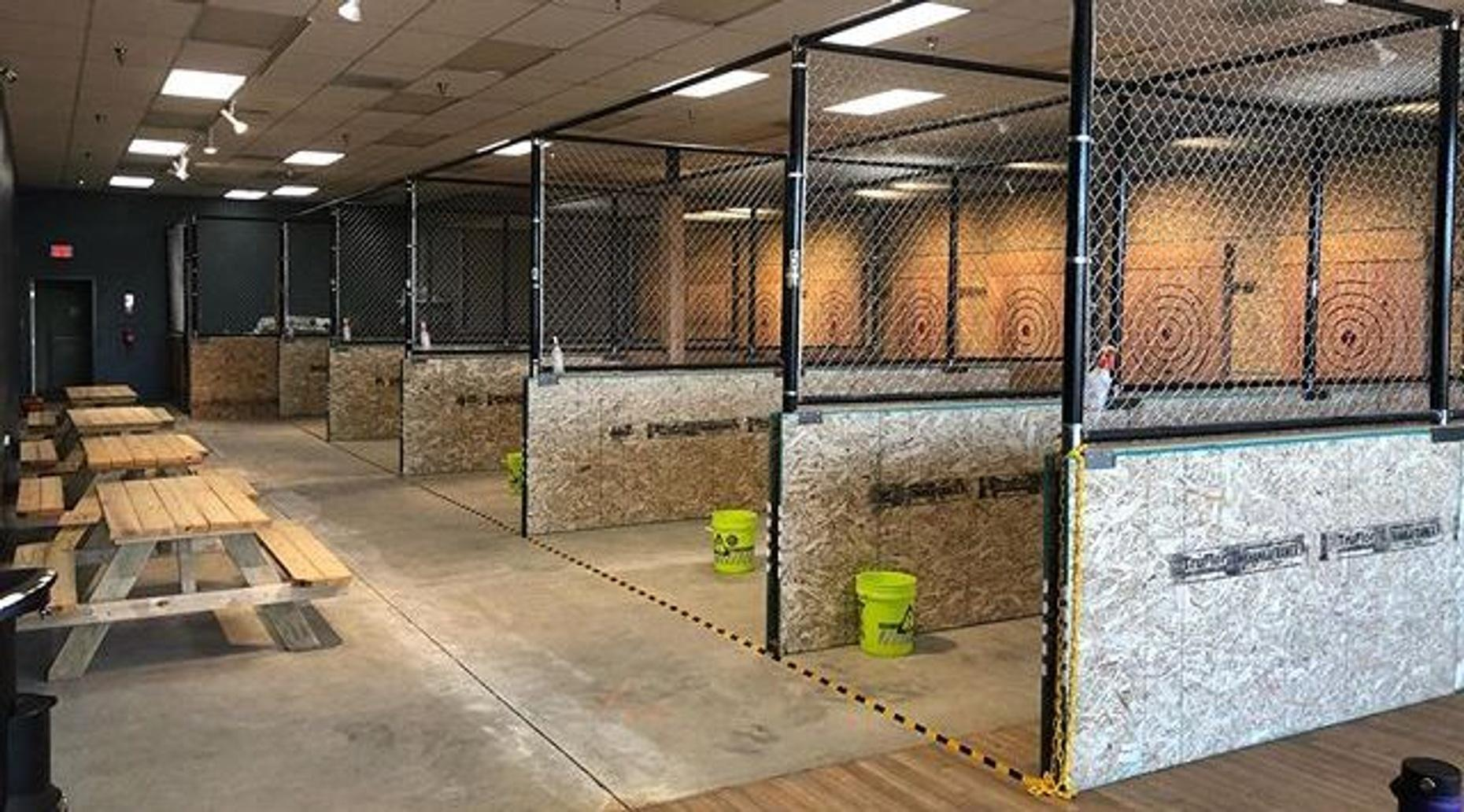 Axe Throwing - Lane 4 (16 person Max)