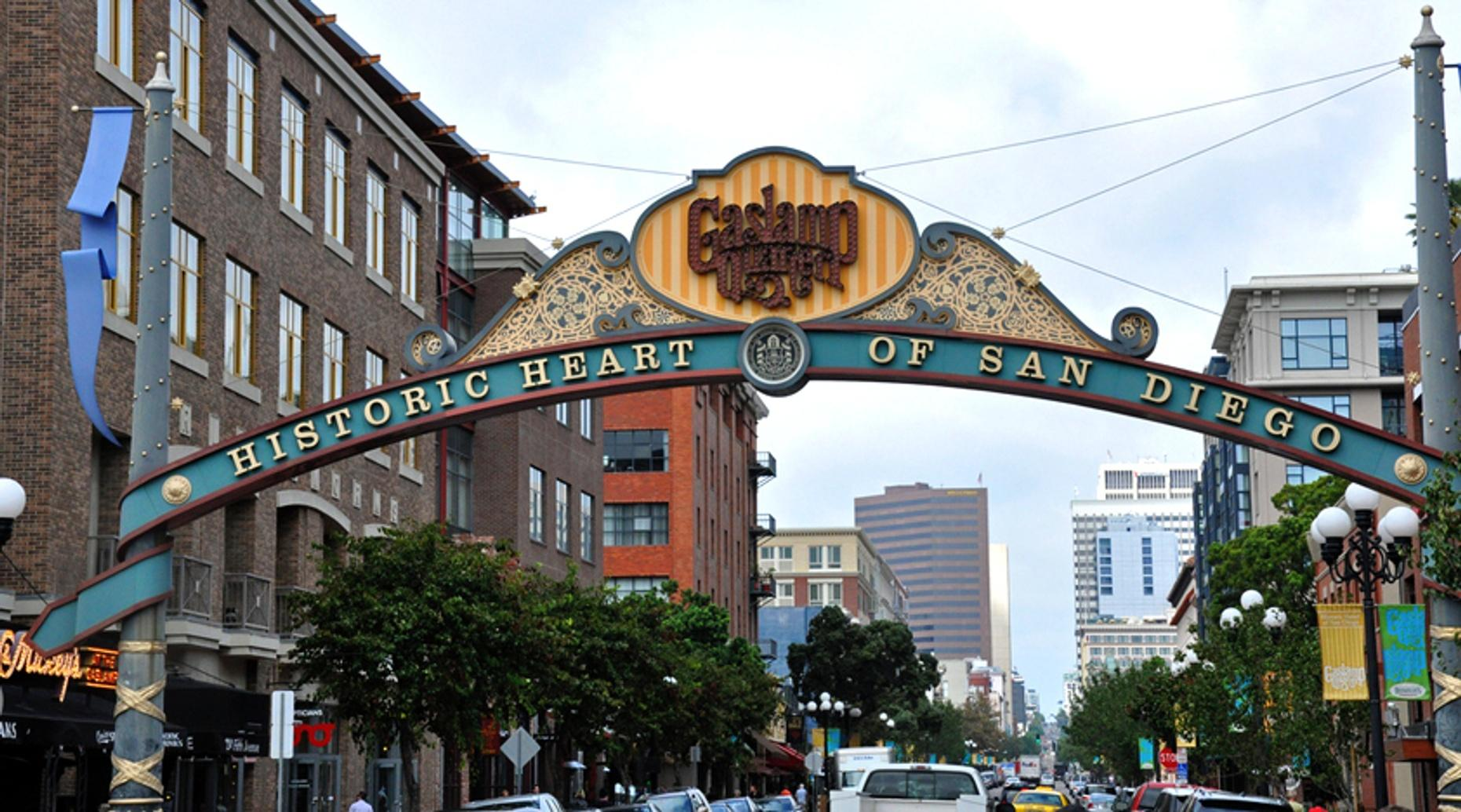 Gaslamp Quarter Photography Tour