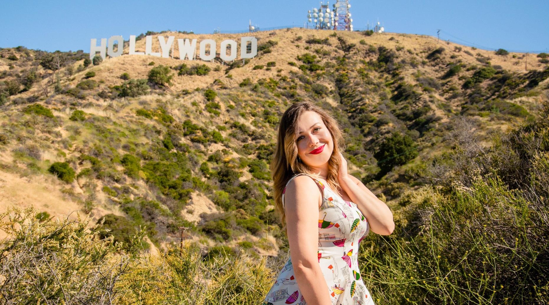 3-Hour VIP Hollywood Sign, Beverly Hills & Movie Location Tour