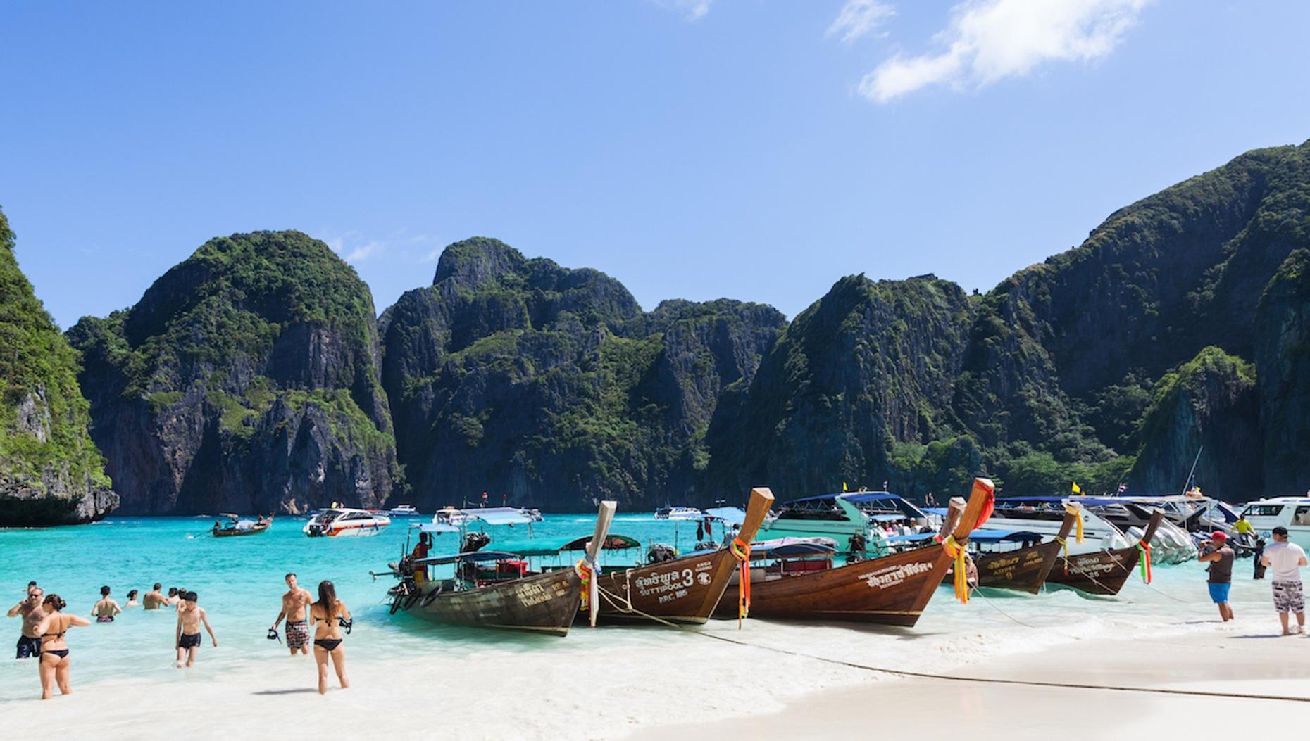 Day-Long Tour of the Phi Phi Islands