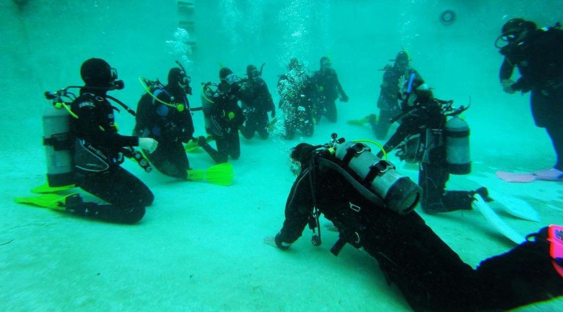 Diving Rental Equipment in Monterey