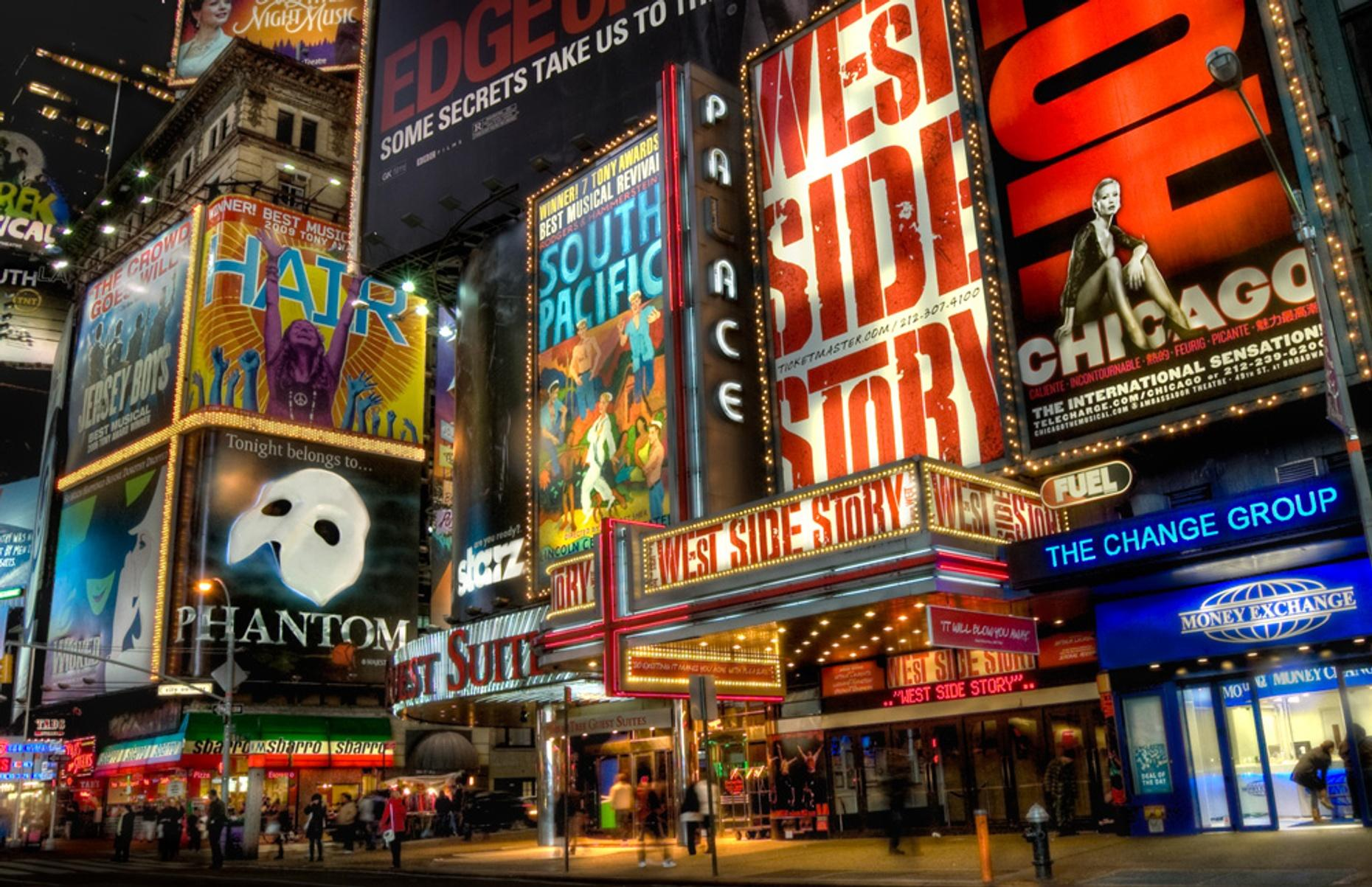 Broadway History Theatre District Tour
