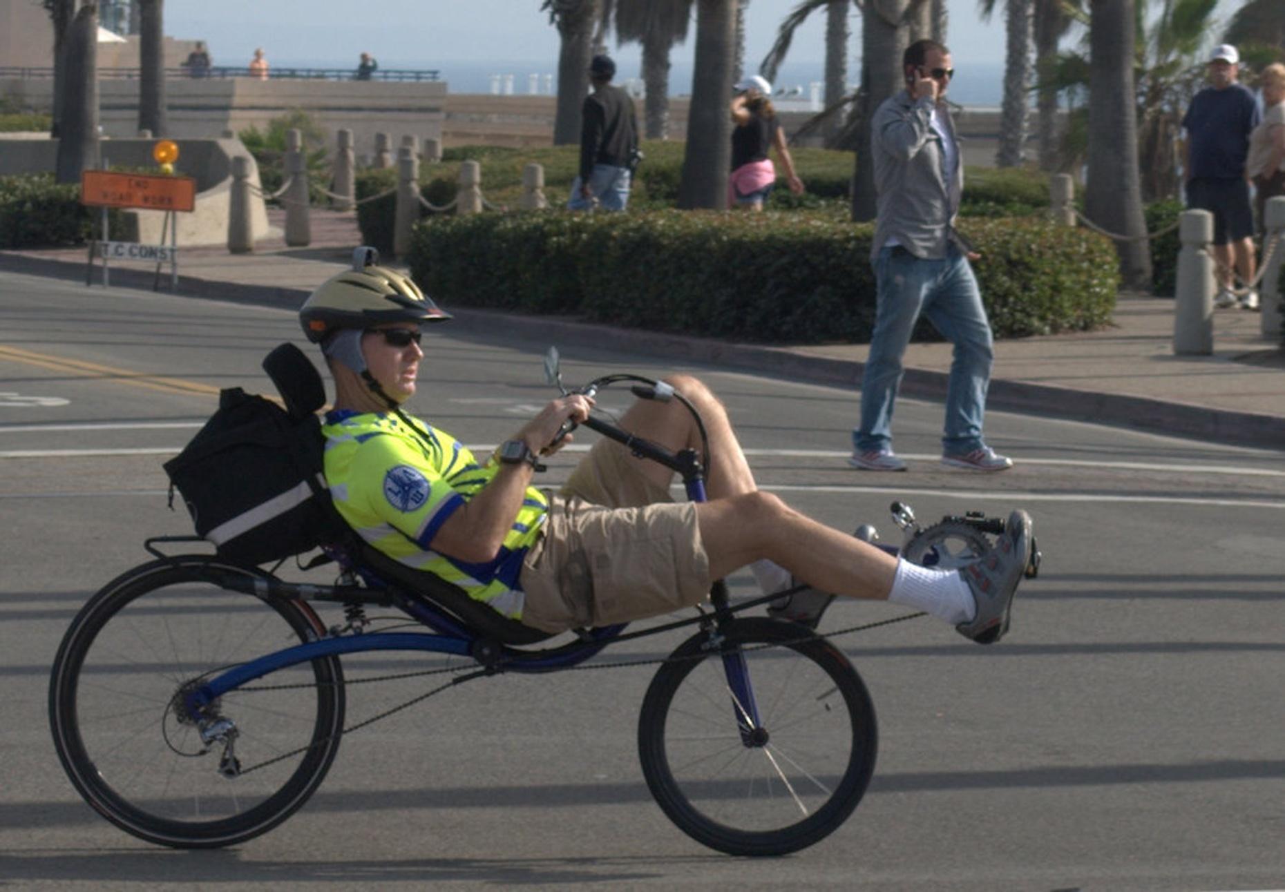 Three-Hour Banana Bike Rental in Hollywood