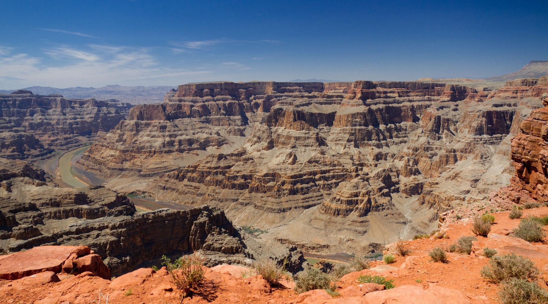 Grand Canyon Airplane Tour, Boat Tour & Skywalk Access