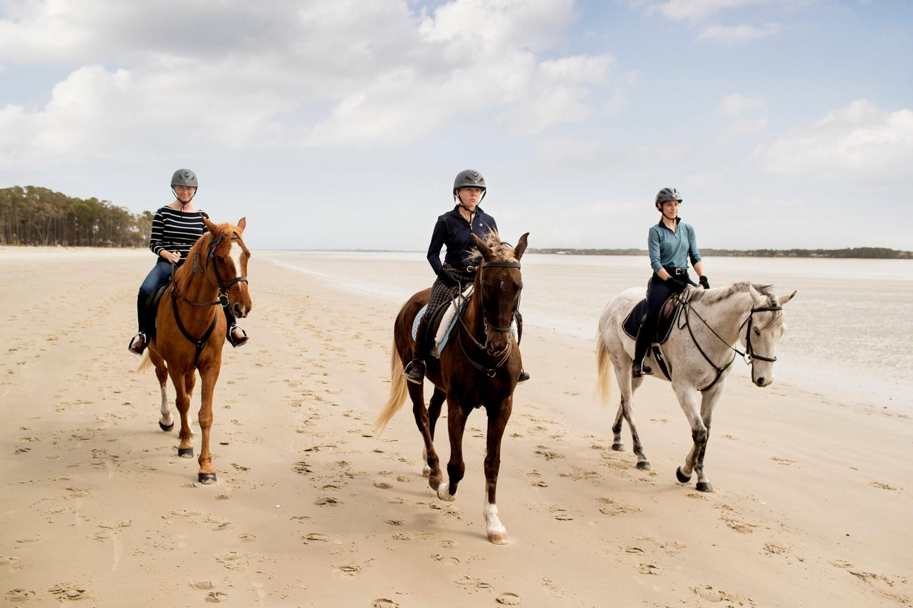 1.5-Hour Oceanfront Horseback Ride on Daufuskie Island