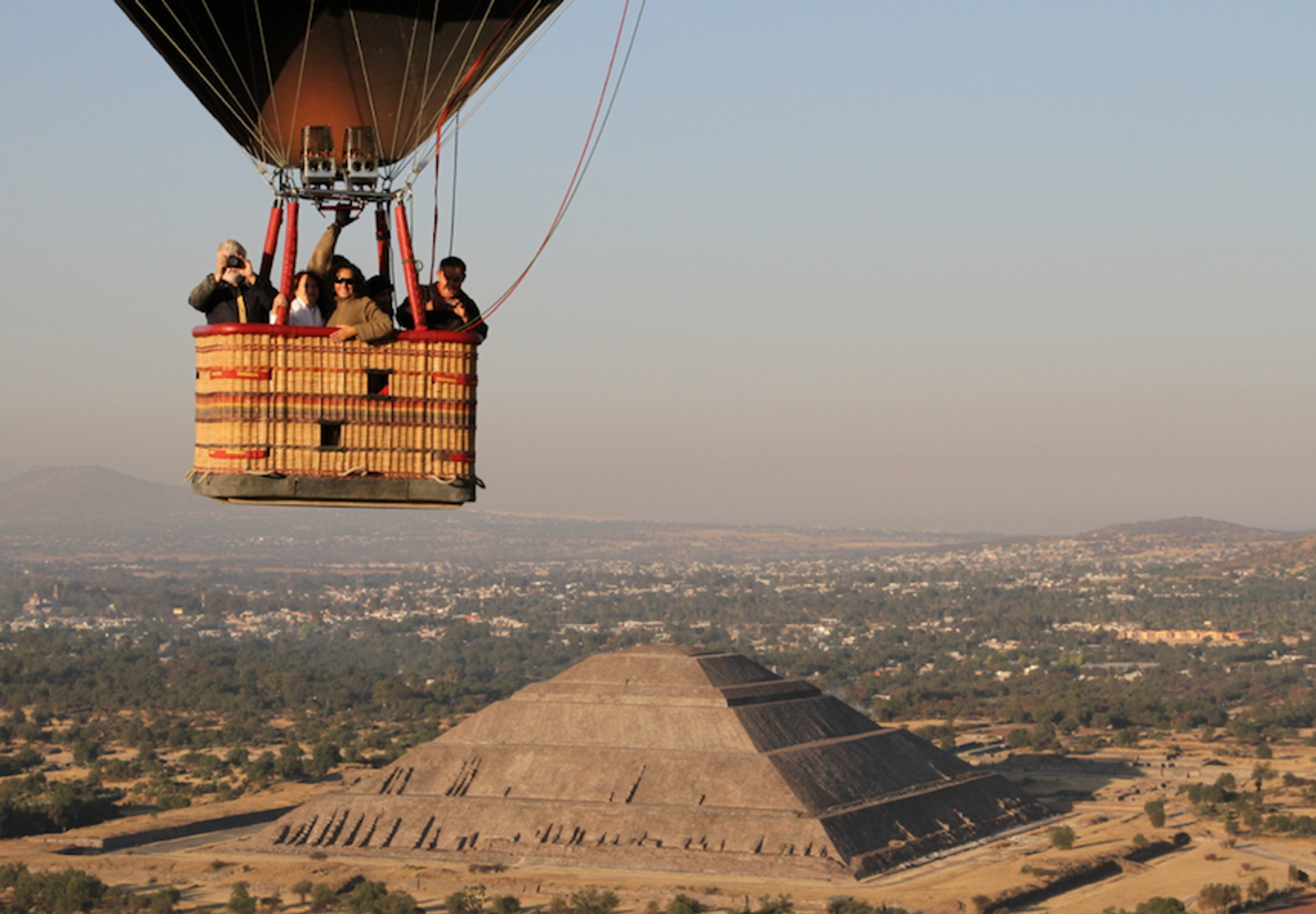 Teotihuacan Valley Shared Hot Air Balloon Flight