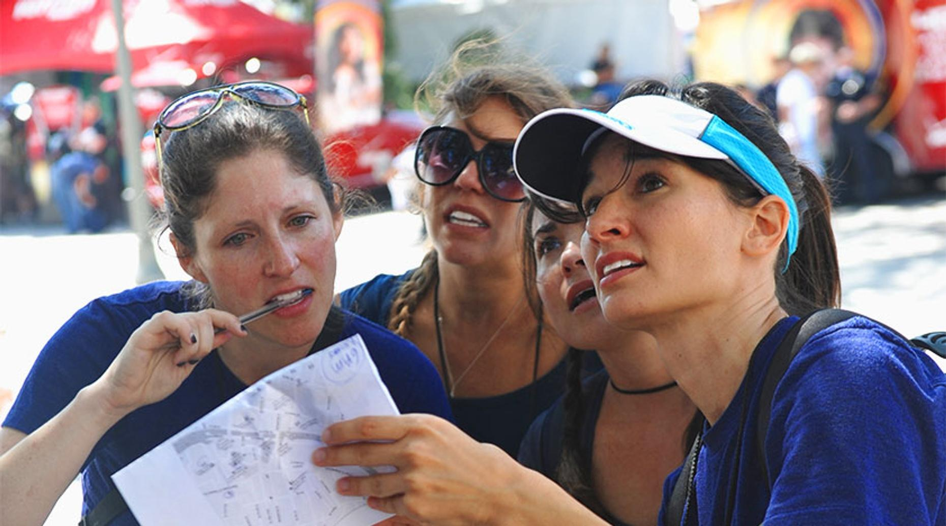 Venice Beach Scavenger Hunt Race