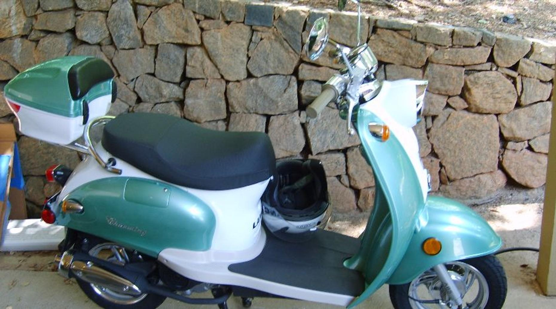 4-Hour Amelia Island Scooter Rental