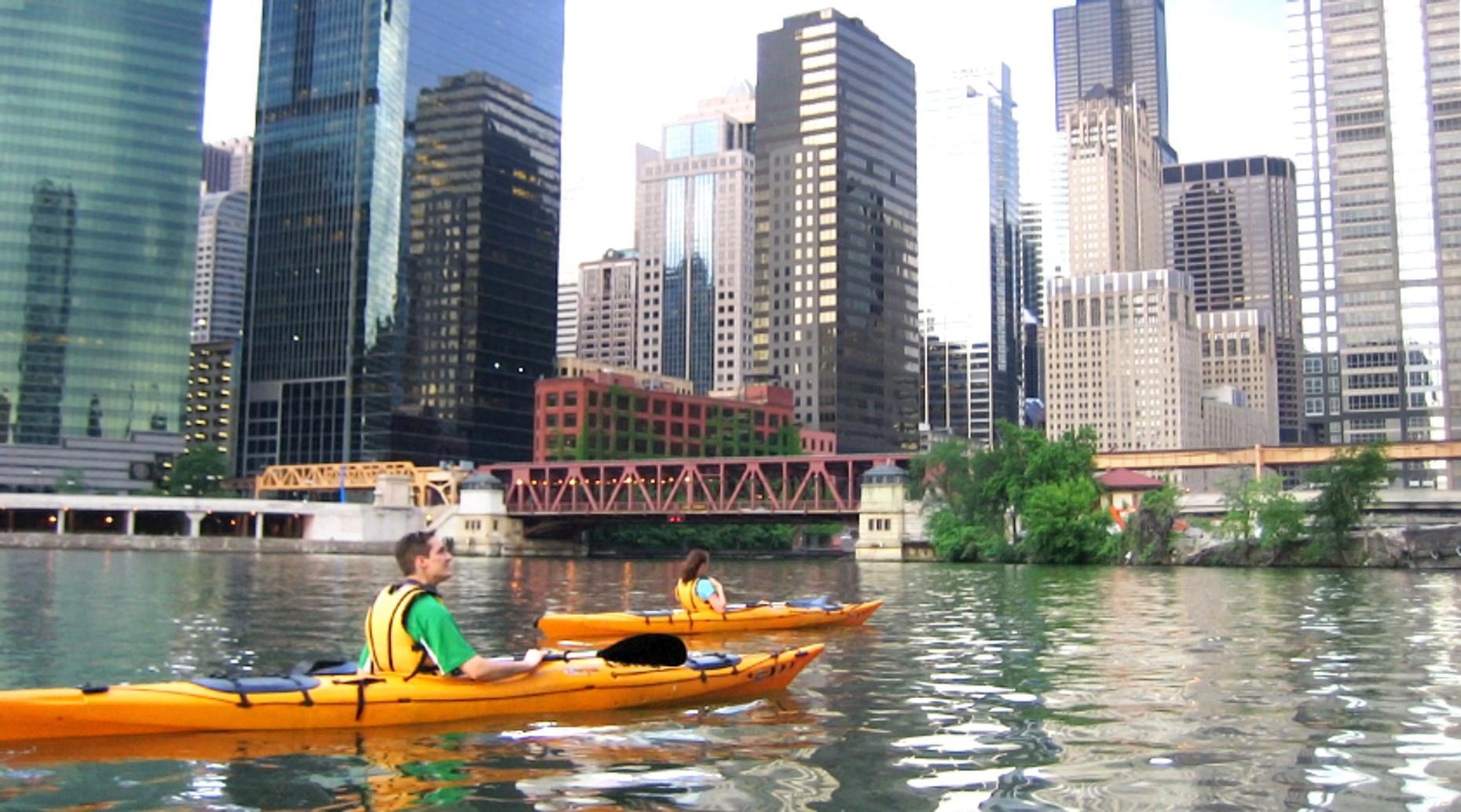 Chicago Sunset Kayaking Tour
