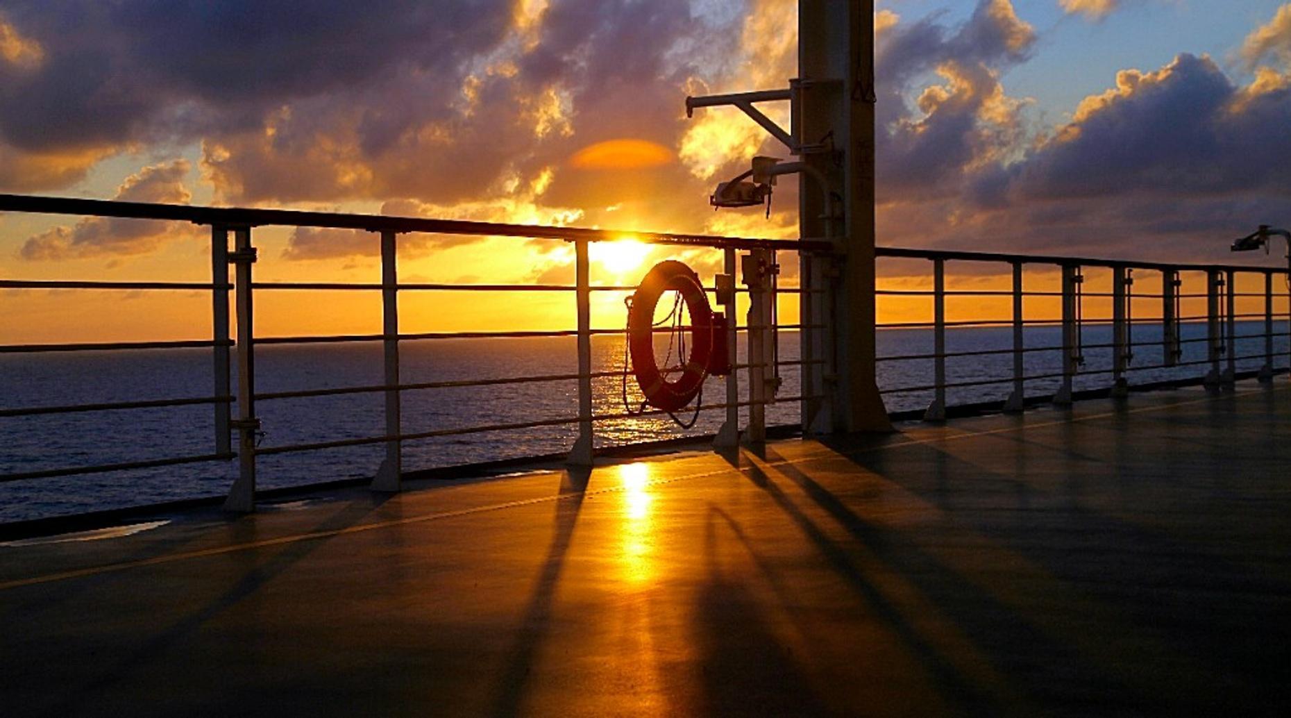 Sunset Jupiter Cruise
