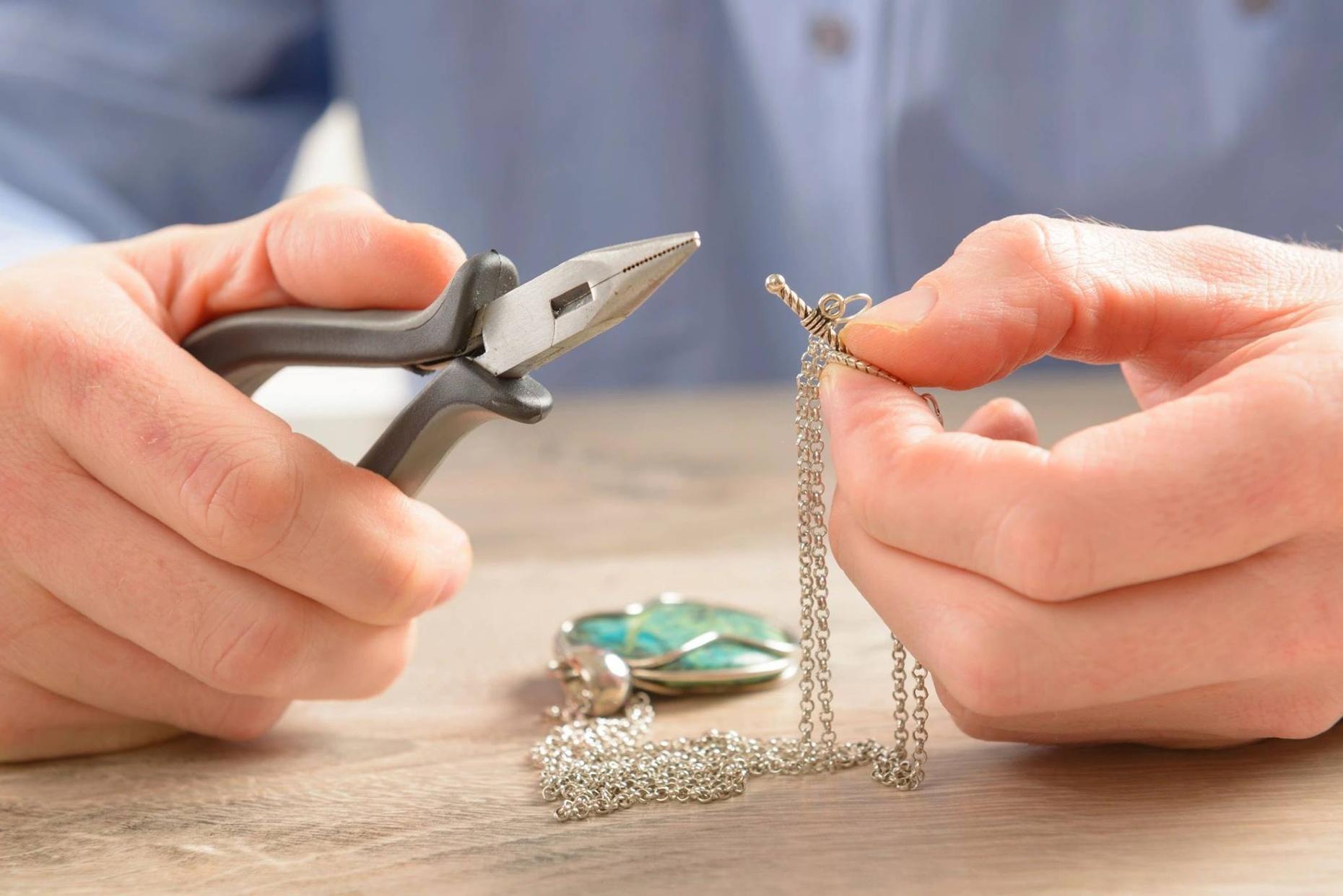 Bead Basics Camp Single Day-Necklaces & Bracelets