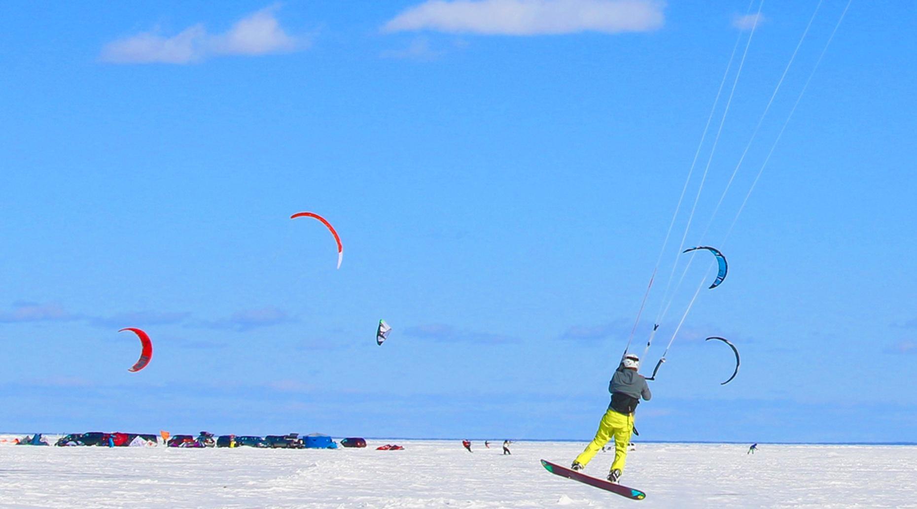 Four-Hour Beginner Snowkite Lesson in Silverthorne