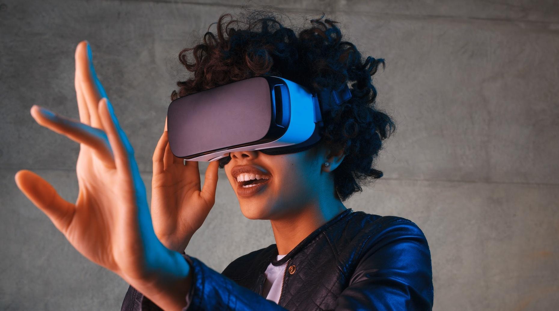 30-Minute Virtual Reality Headset Rental