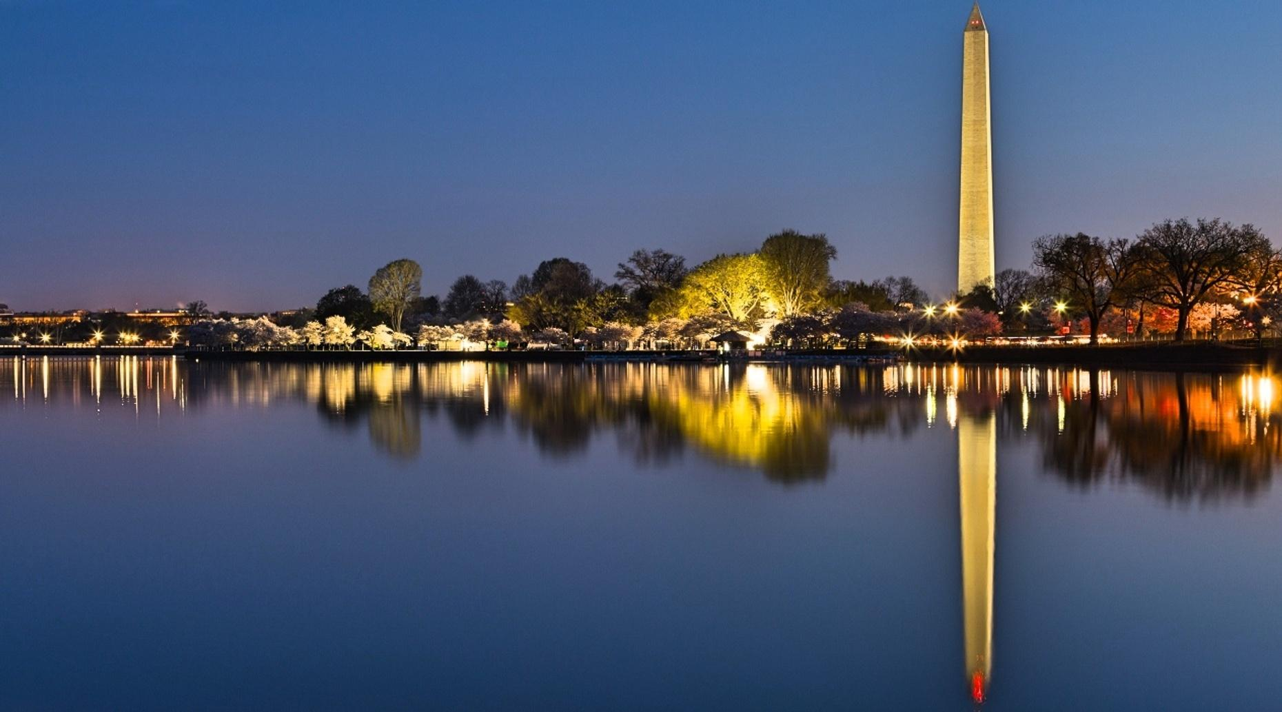 Washington D.C. After-Dark Guided Tour