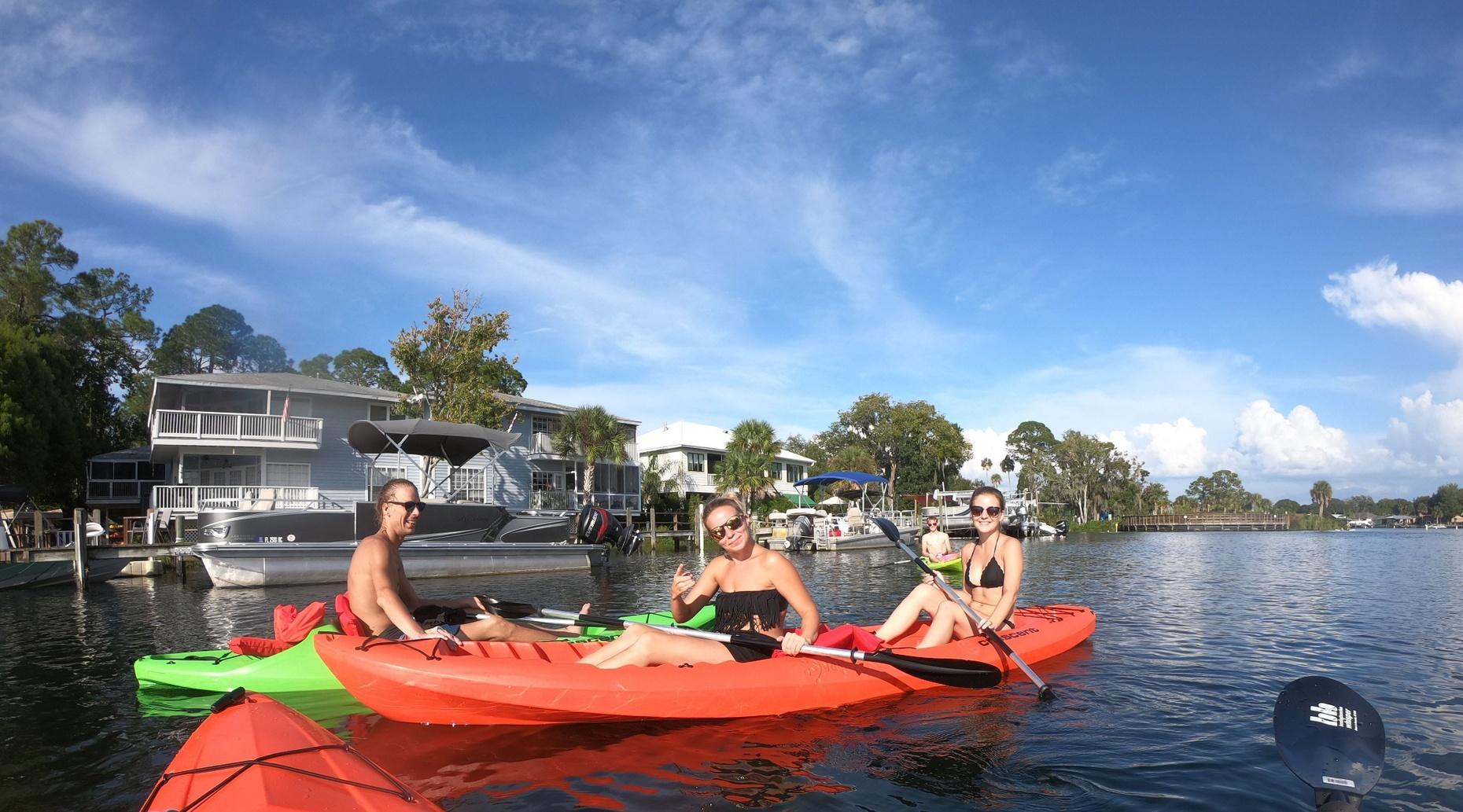 2-Hour Tandem Kayak Rental and Manatee Viewing in Crystal River