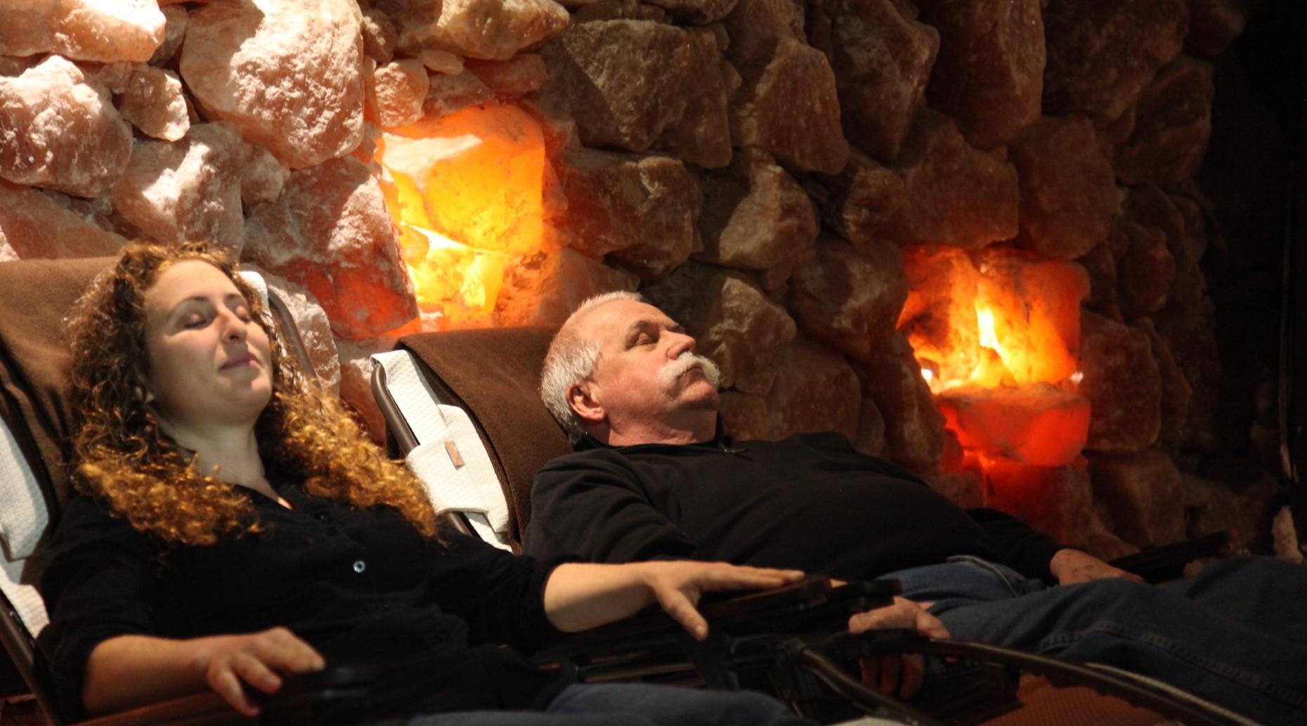 45-Minute Salt Cave Session