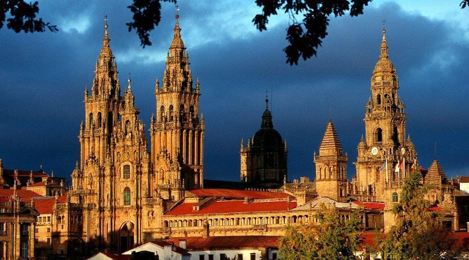 Guided Tour of Santiago de Compostela from Porto