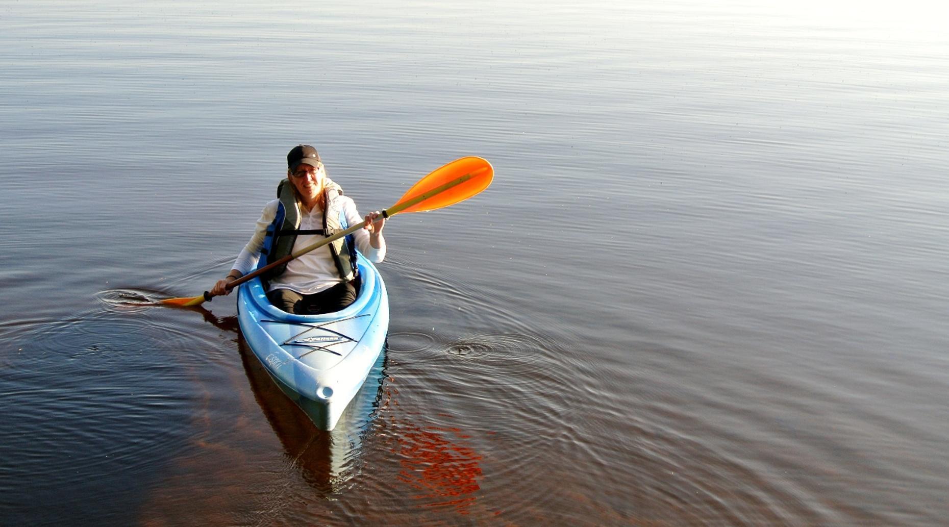 Wabasha Kayak to the Eagle Center Tour