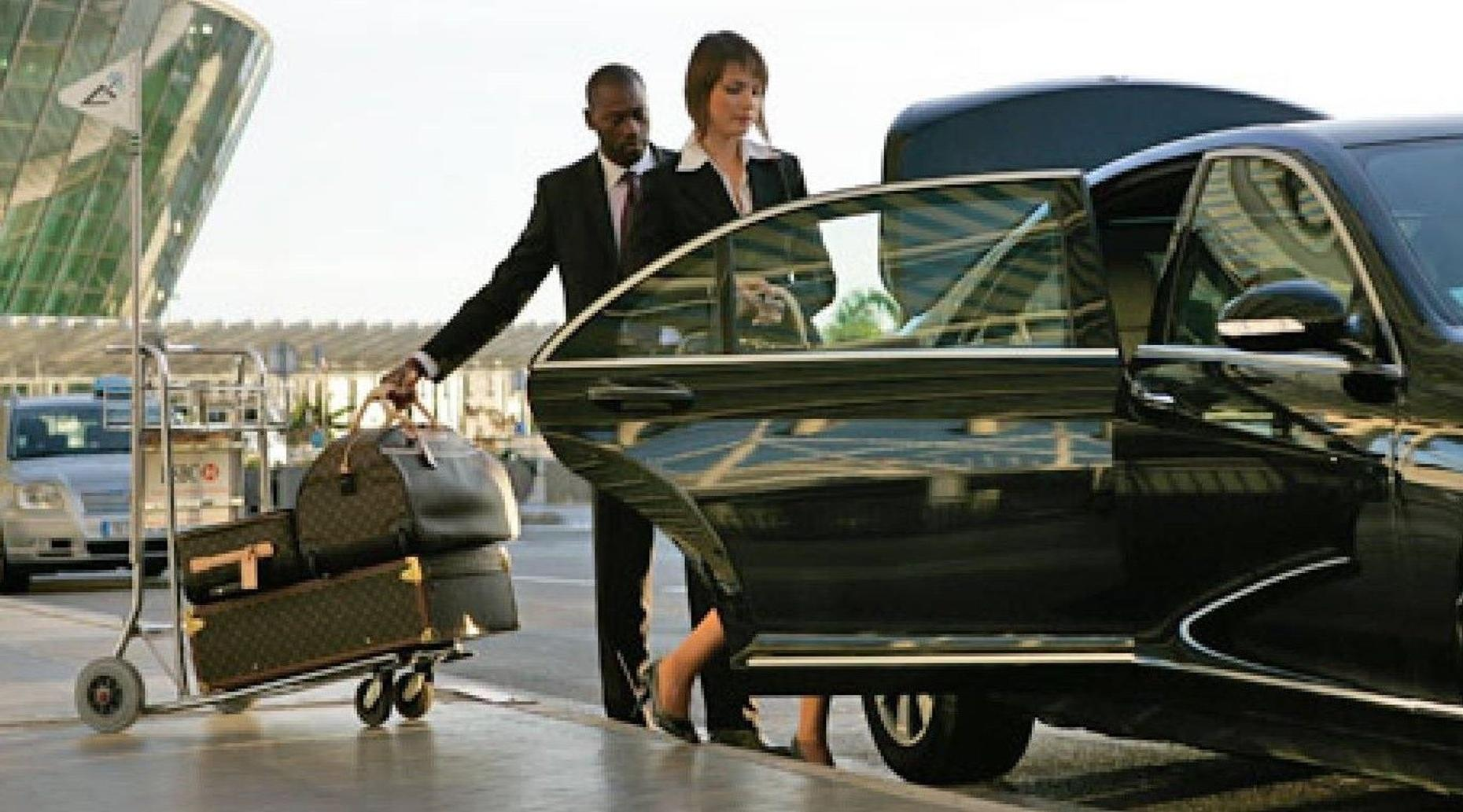 Shuttle Transportation from the Porto Airport