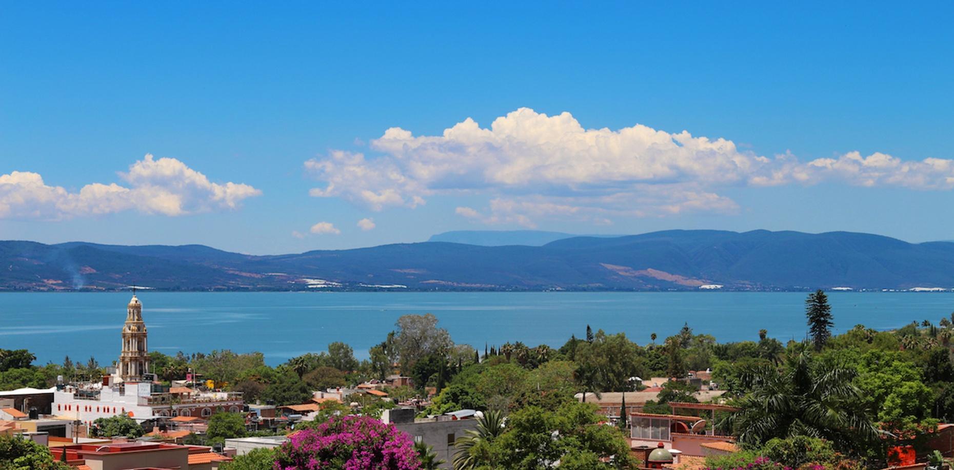 Guided Tour of Lake Chapala and Ajijic in Guadalajara