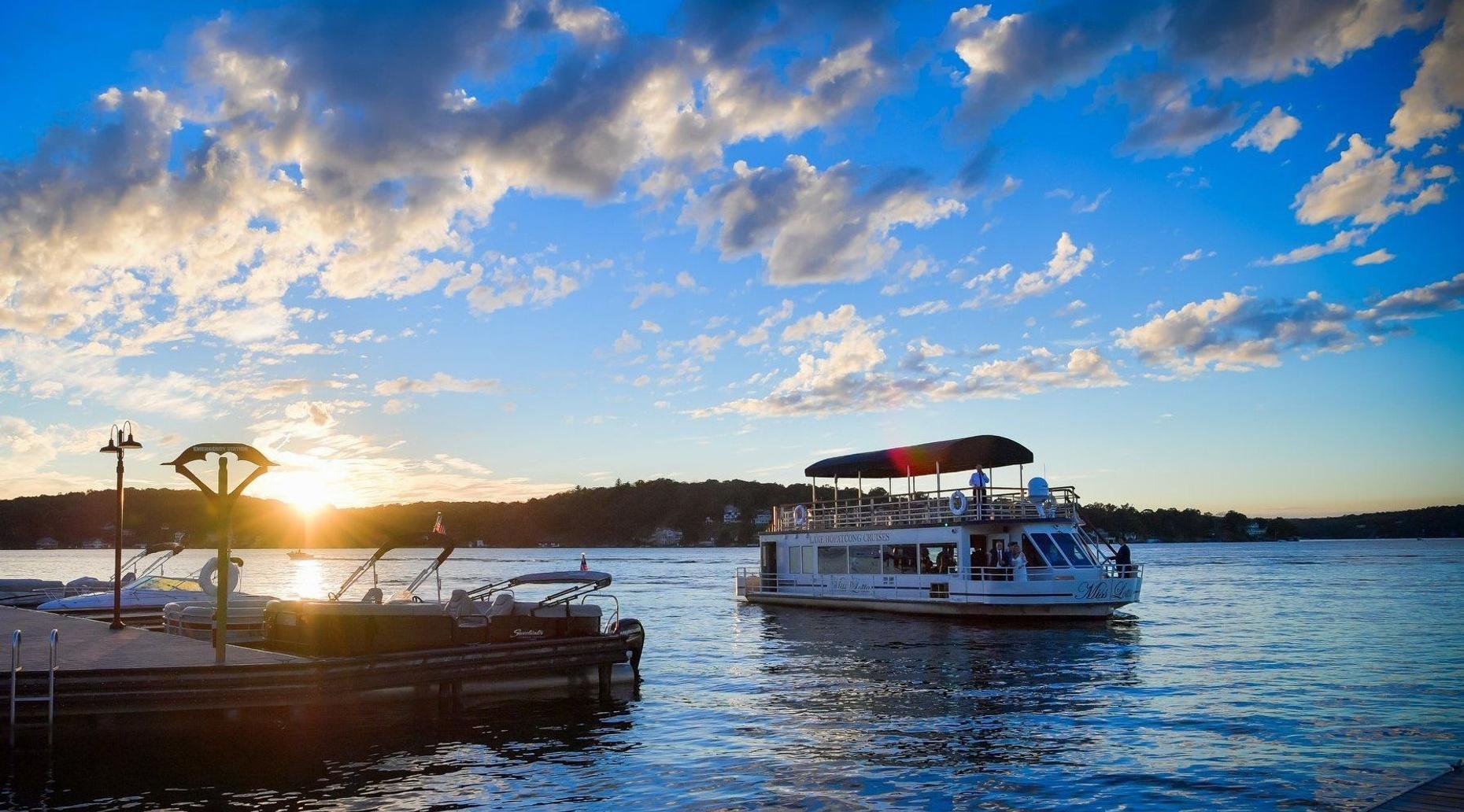 Lake Hopatcong Sunset Dinner Cruise