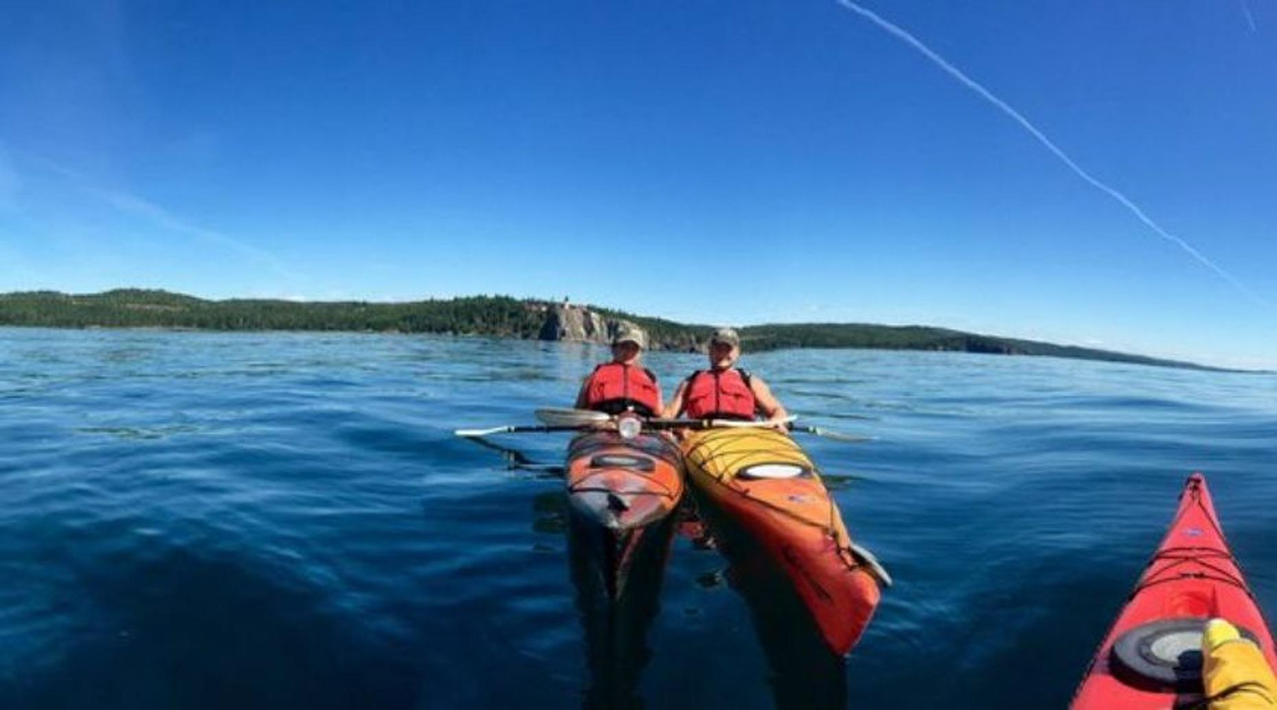 2-Hour North Shore Kayak Tour in Duluth