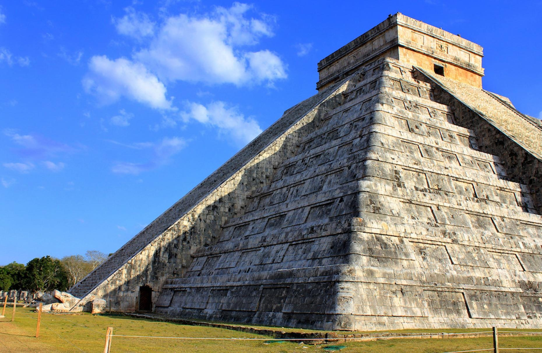 Guided Tour of Chichen Itza & Lunch