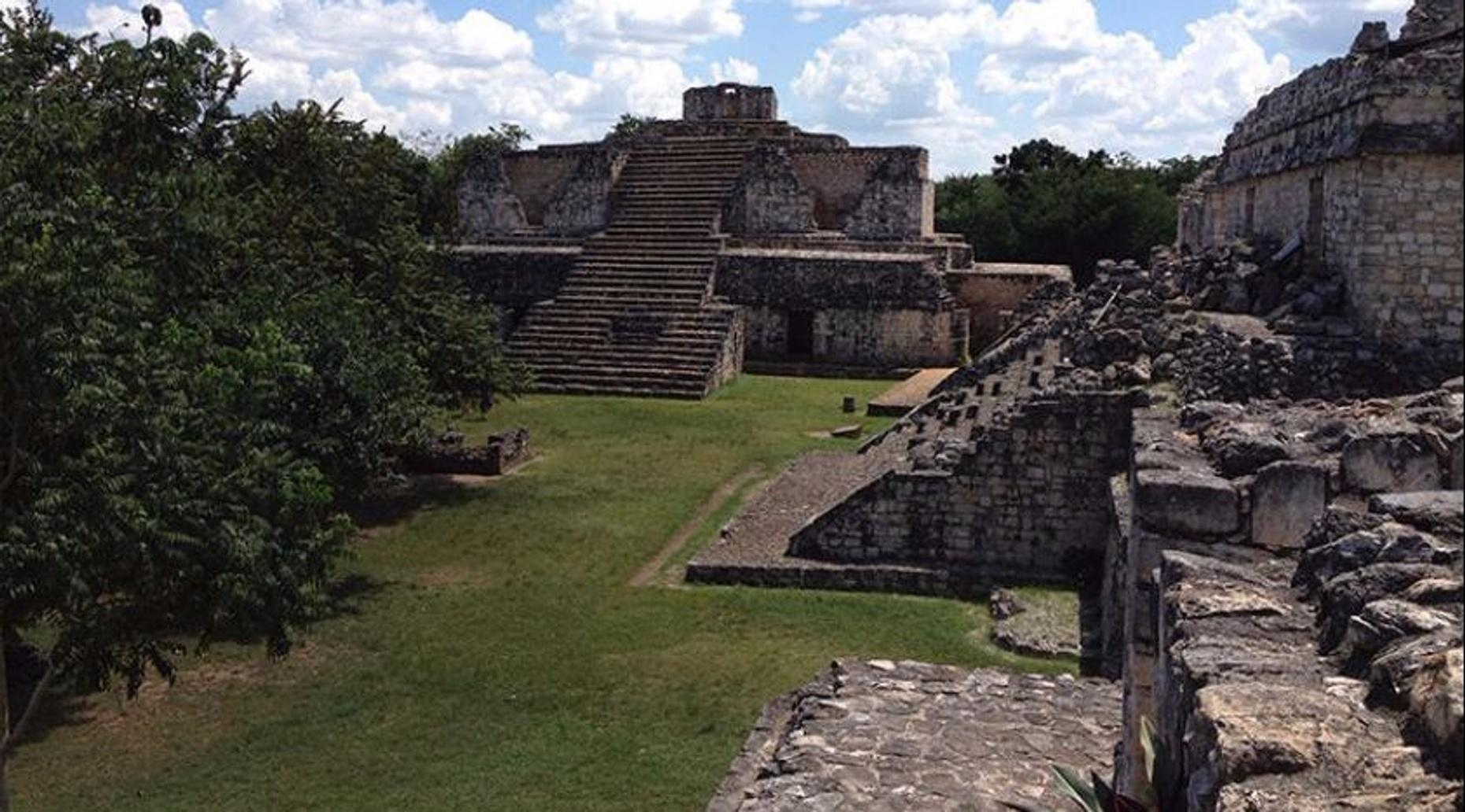 Chichen Itza, Ik Kil & Ek-Balam Guided Tour